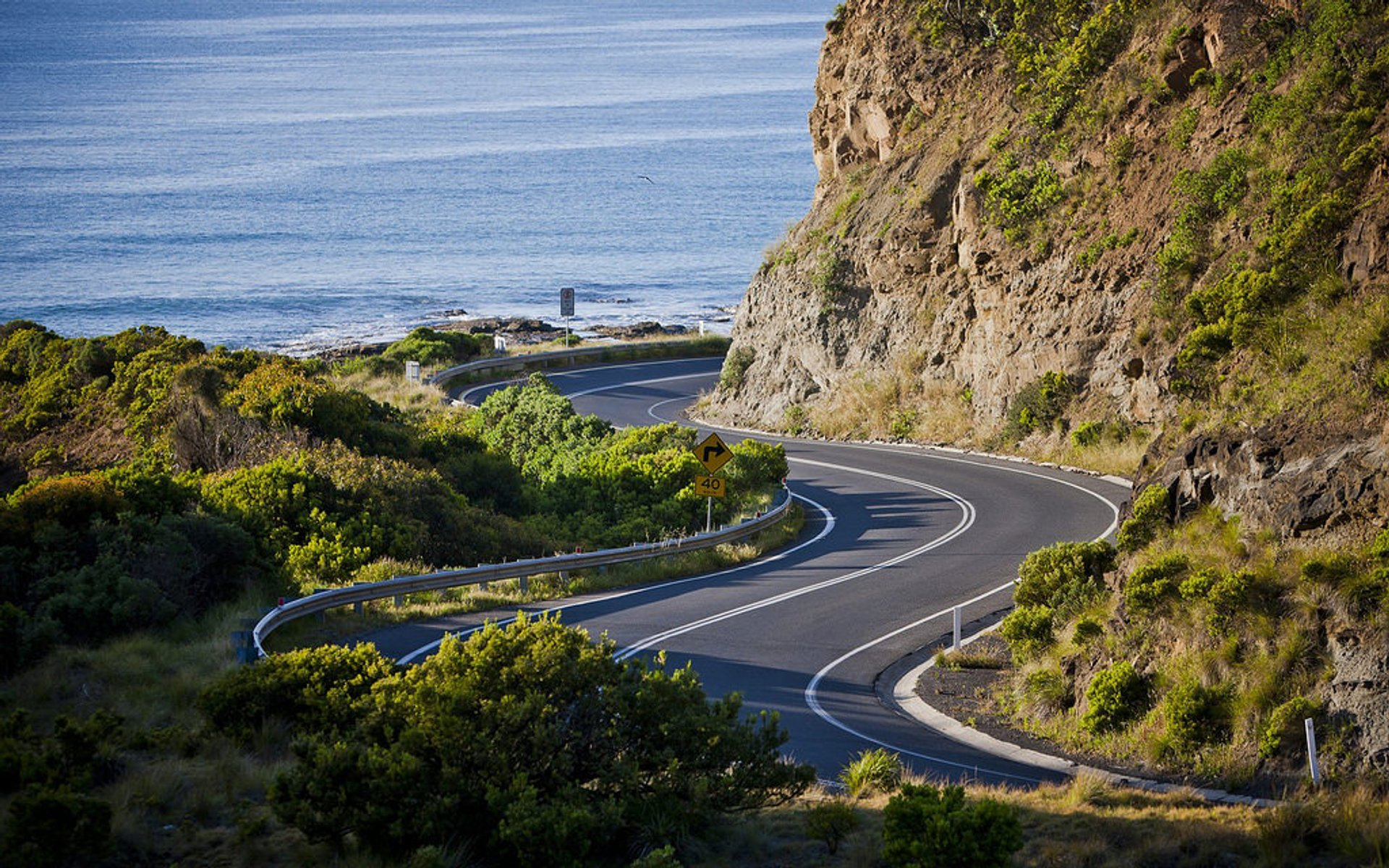 Great Ocean Road in Victoria - Best Season 2020