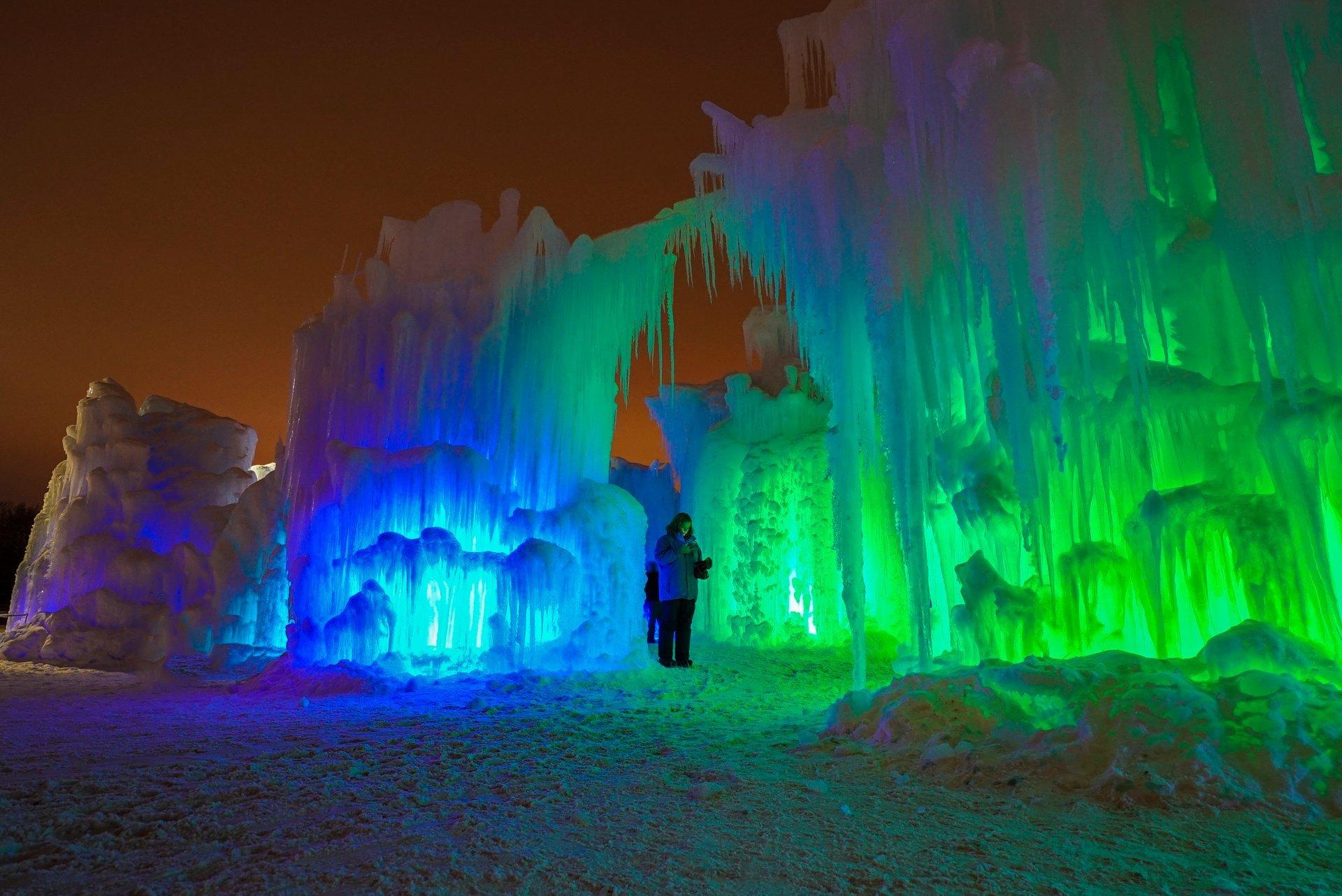 Ice Castles in Utah - Best Season 2020