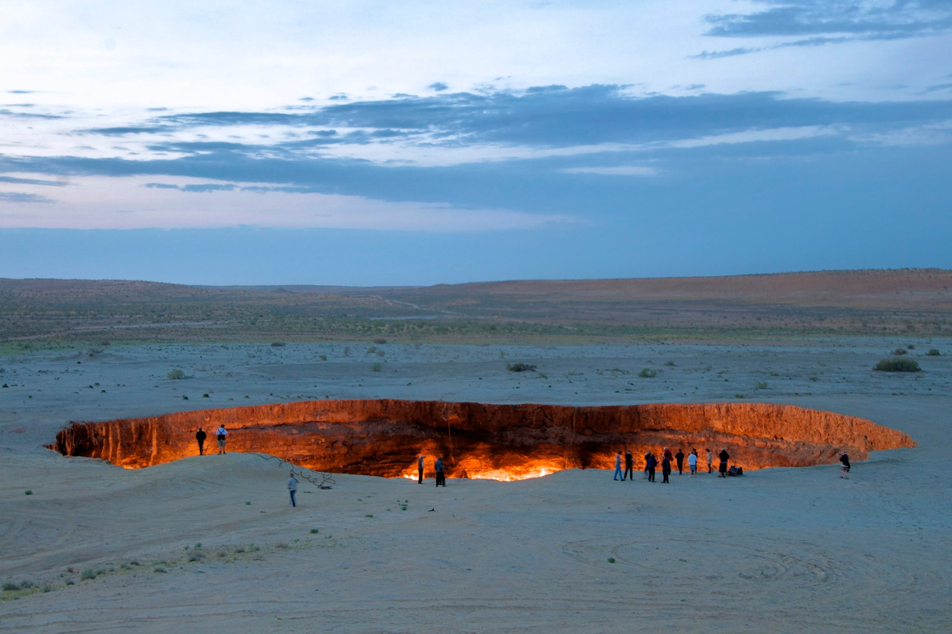 The Gates of Hell (Darvaza Gas Crater) in Turkmenistan - Best Season 2020