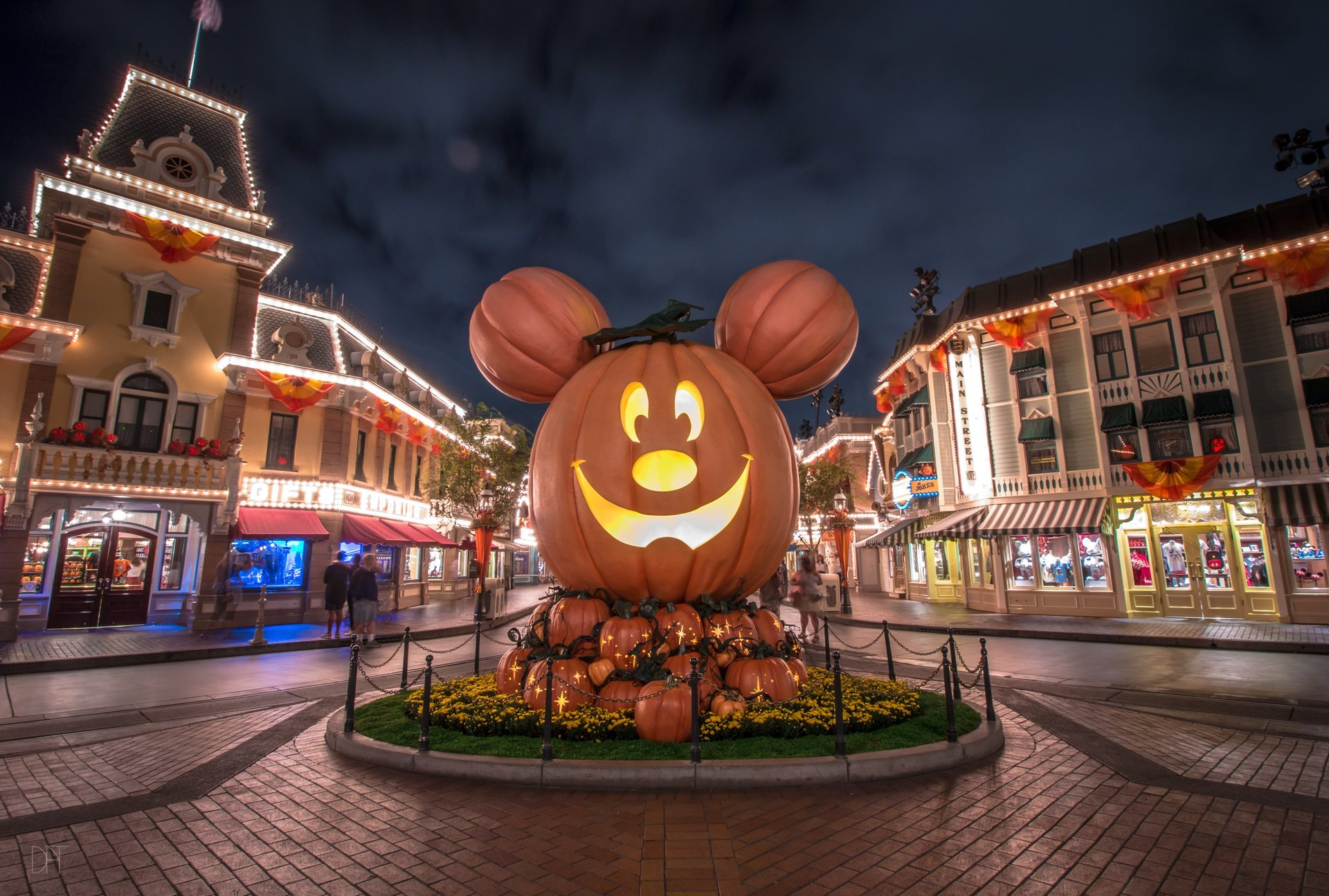 Halloween at Disneyland Resort California 2020