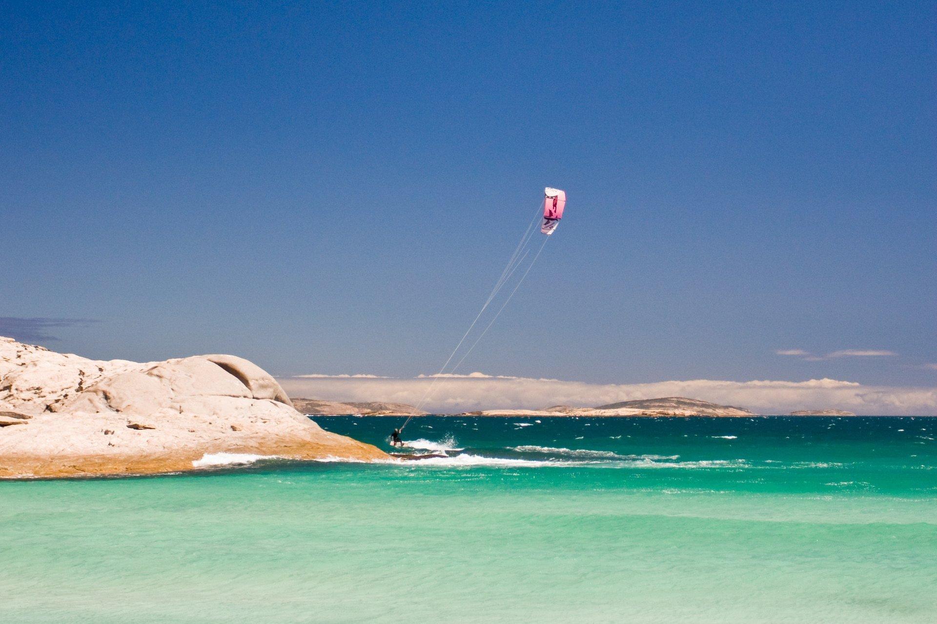 Kitesurfing and Windsurfing in Australia - Best Season 2020