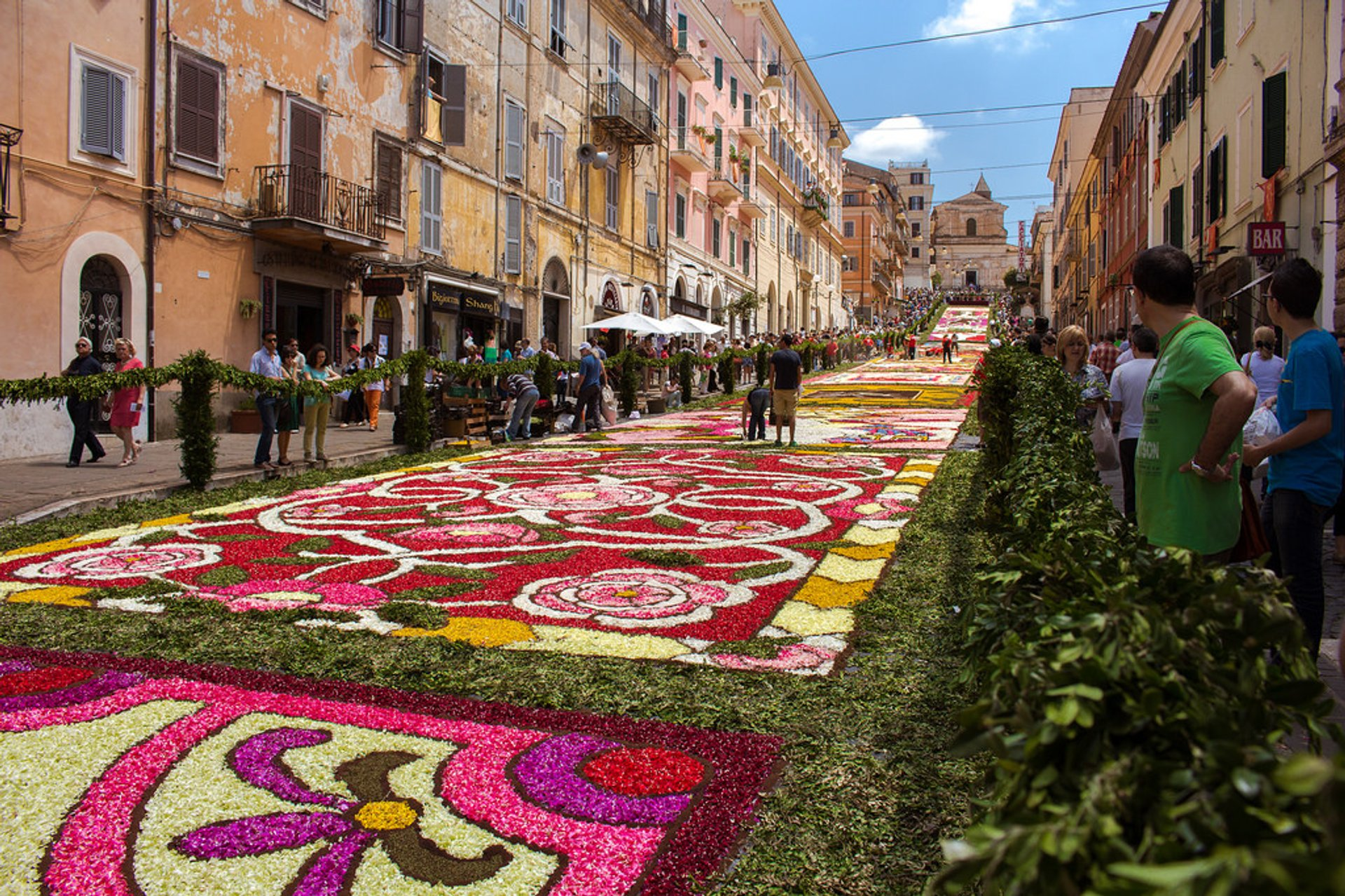 Infiorata Flower Carpet Festivals in Italy 2020 - Best Time