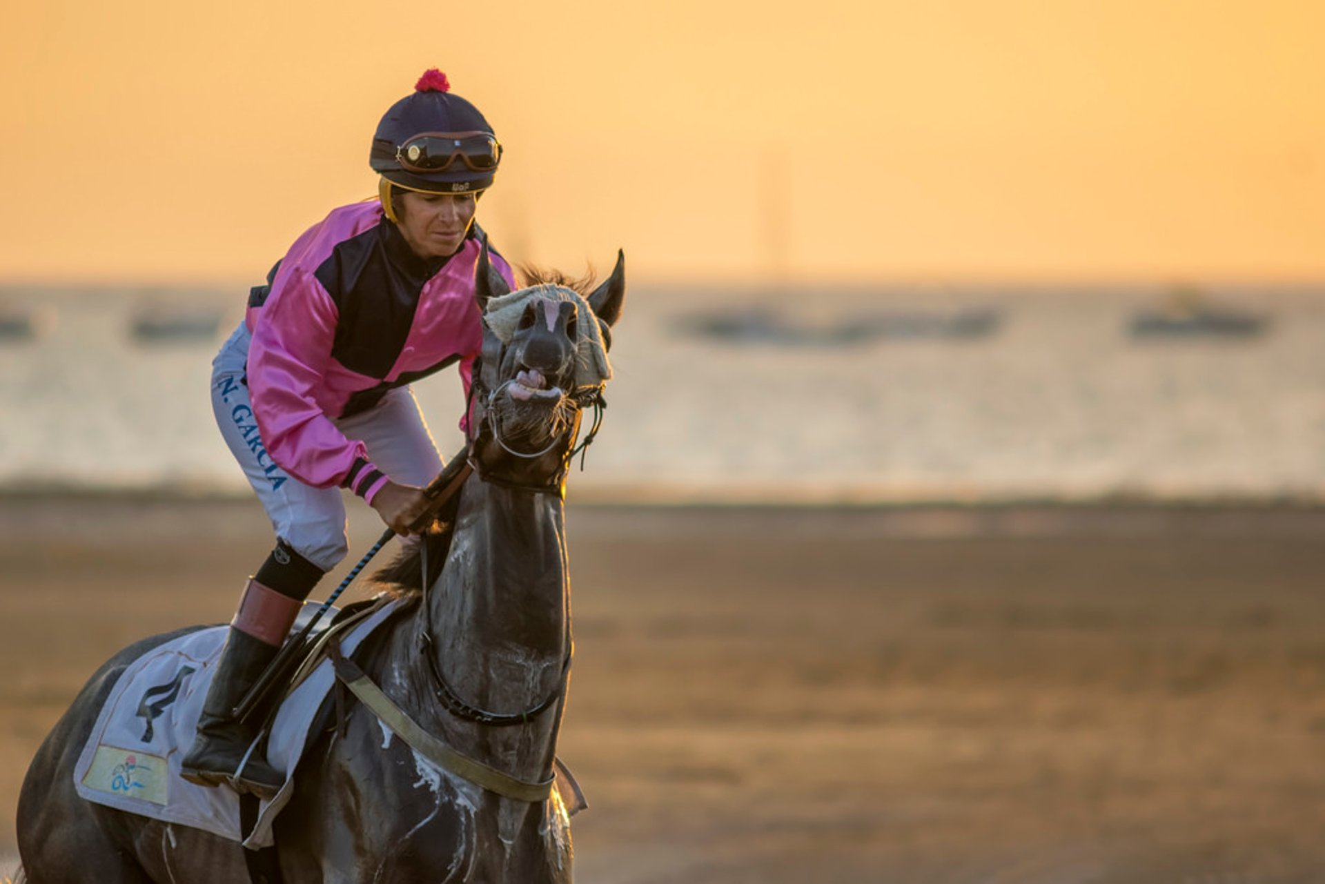 Best time for Sanlúcar Horse Racing in Spain