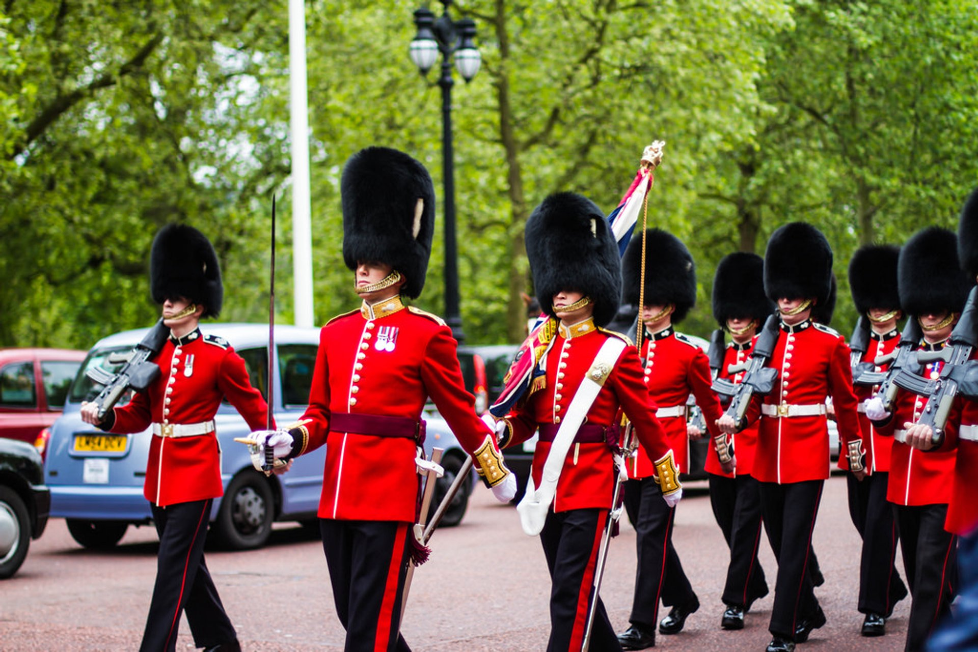 Changing of the Guard in London - Best Season 2020