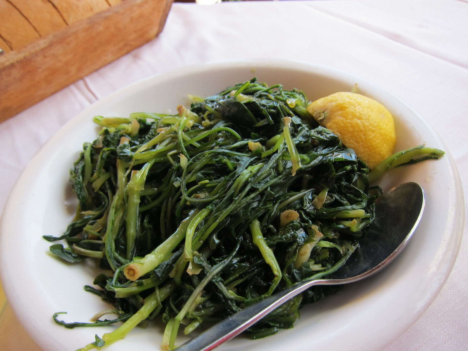 Wild Greens (Horta) in Crete 2020 - Best Time