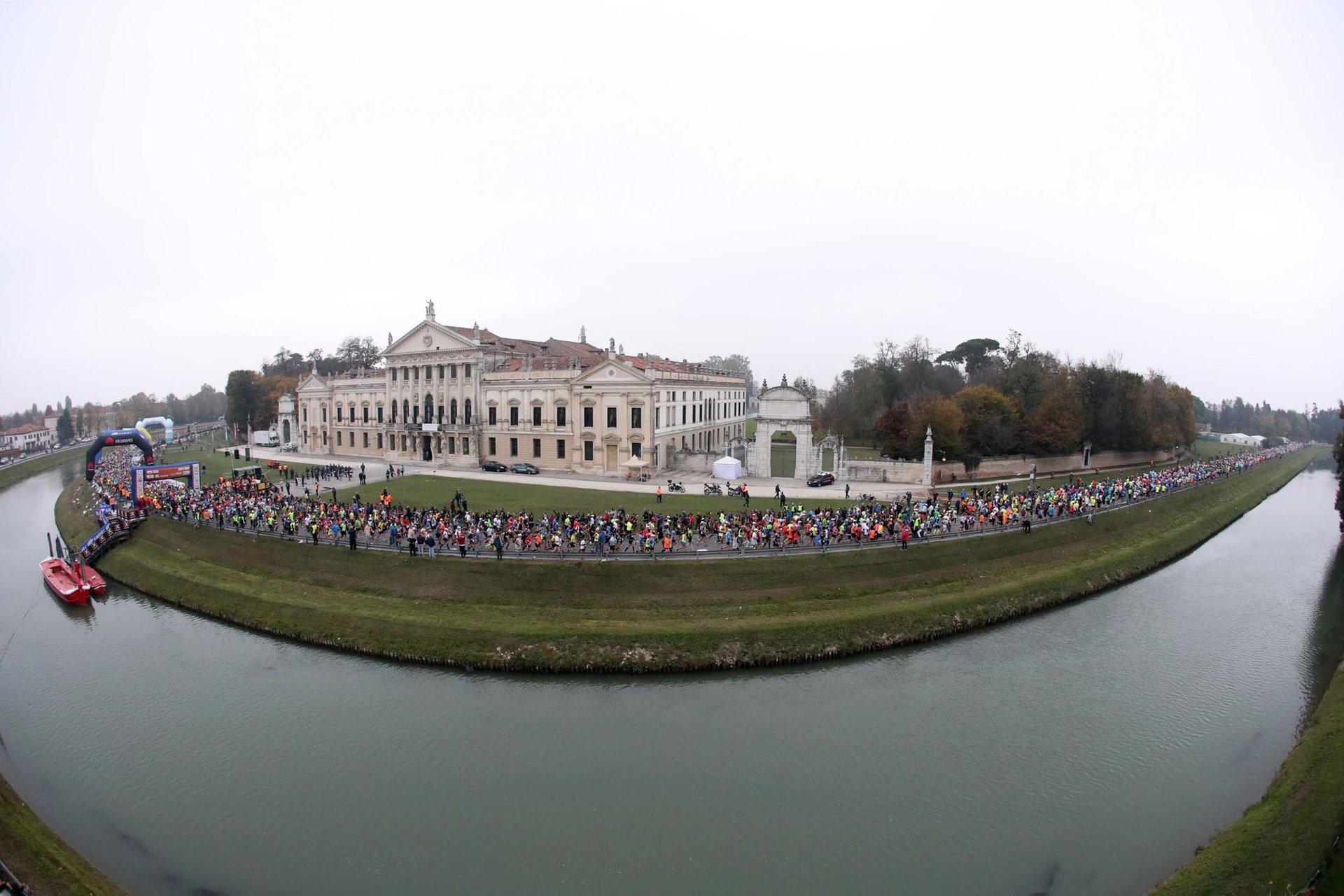 Venice Marathon (Maratona di Venezia) in Venice - Best Season 2020