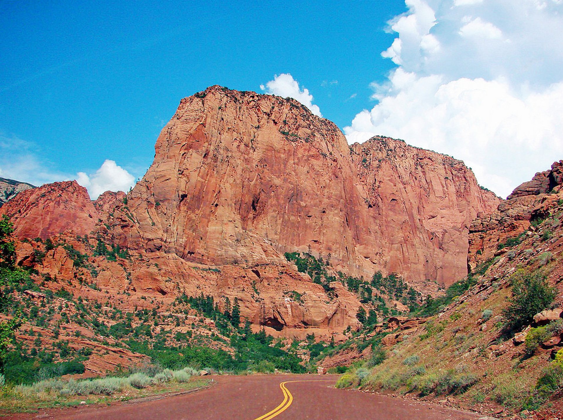 Best time to see Kolob Canyons Scenic Drive in Utah 2020