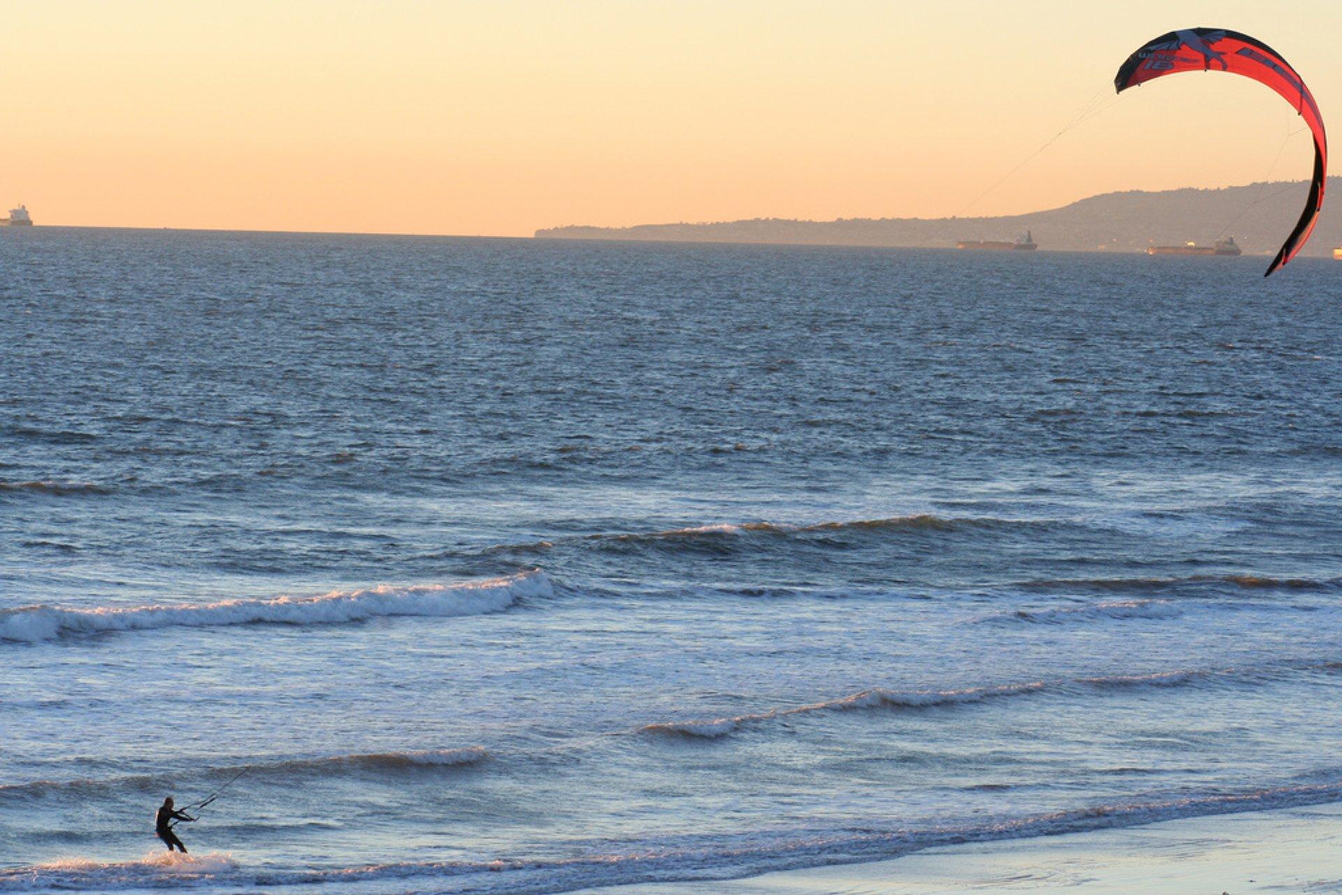 Kiteboarding  in California - Best Season