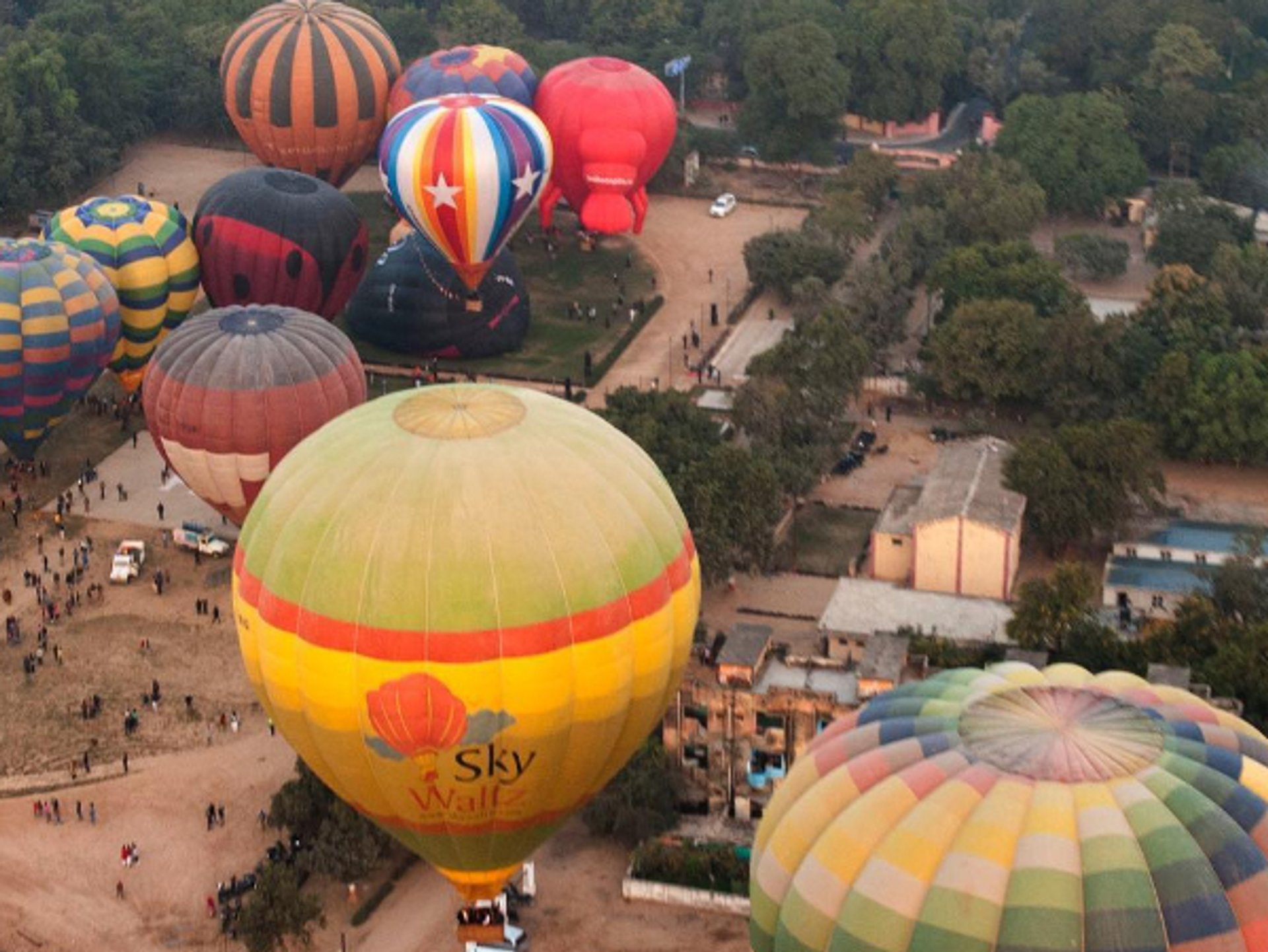 Balloon Air Safari in Taj Mahal and Agra  2020 - Best Time