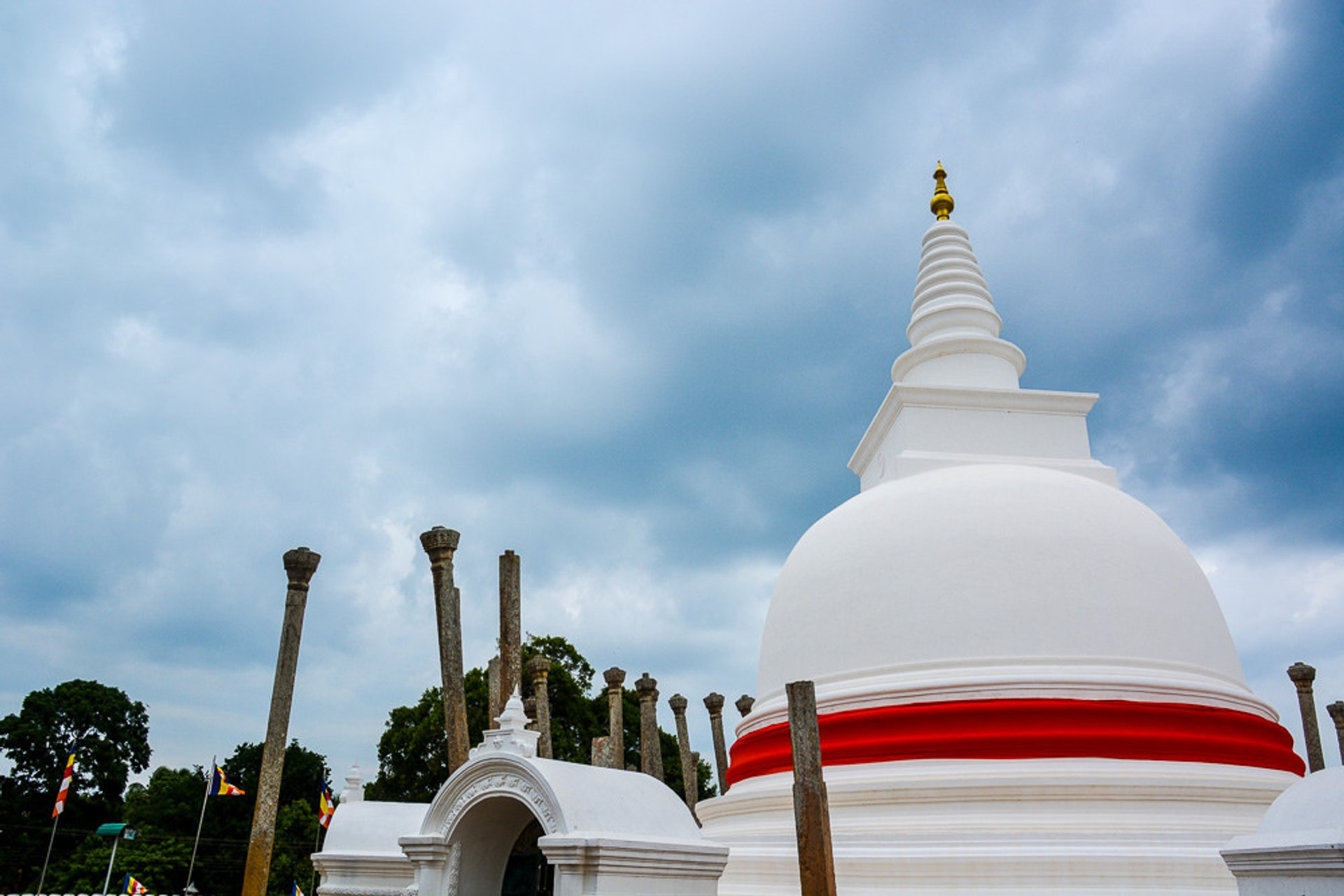 Anuradhapura in Sri Lanka - Best Season 2019