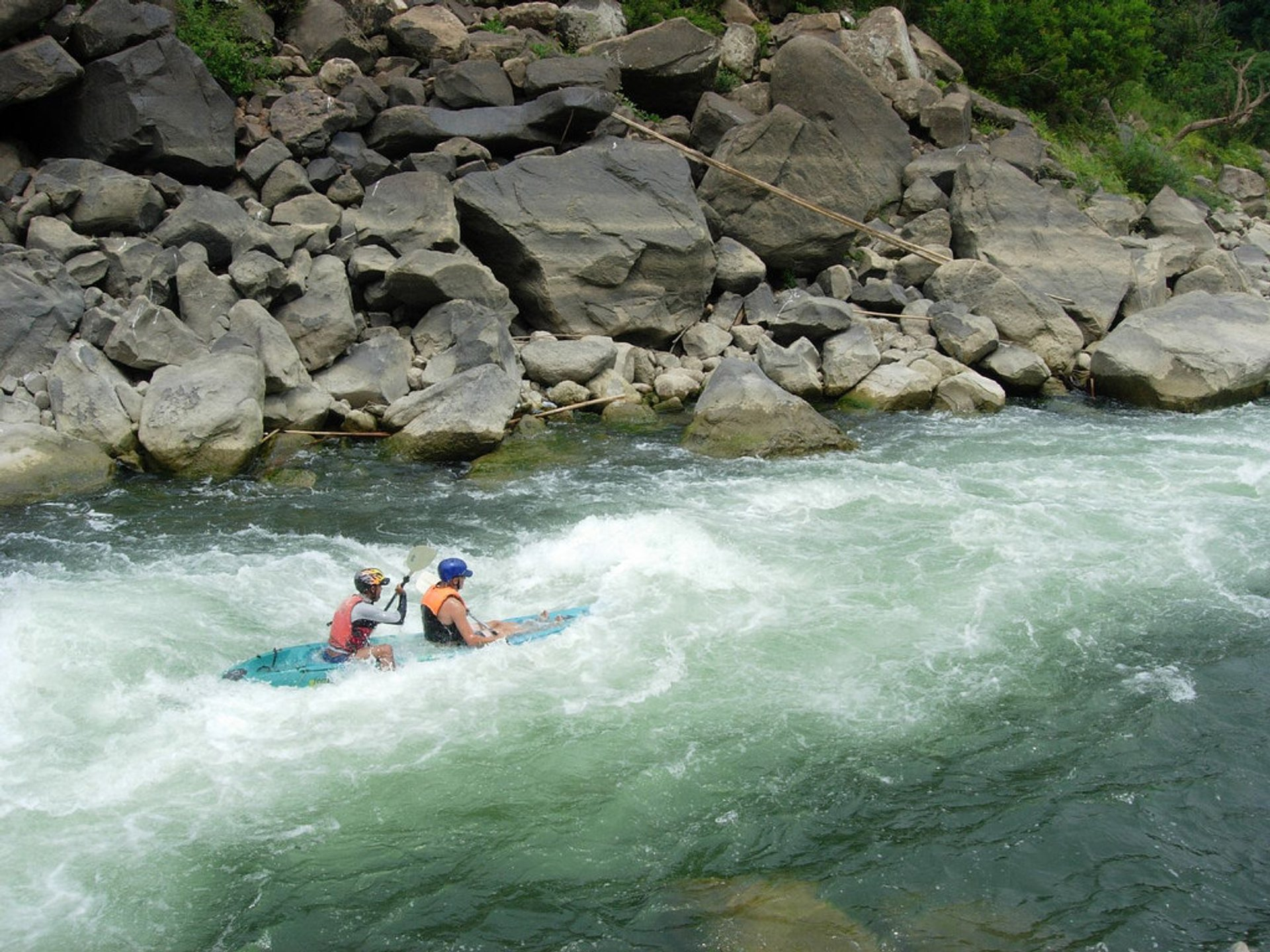 Best time for Kayaking in Laos 2020