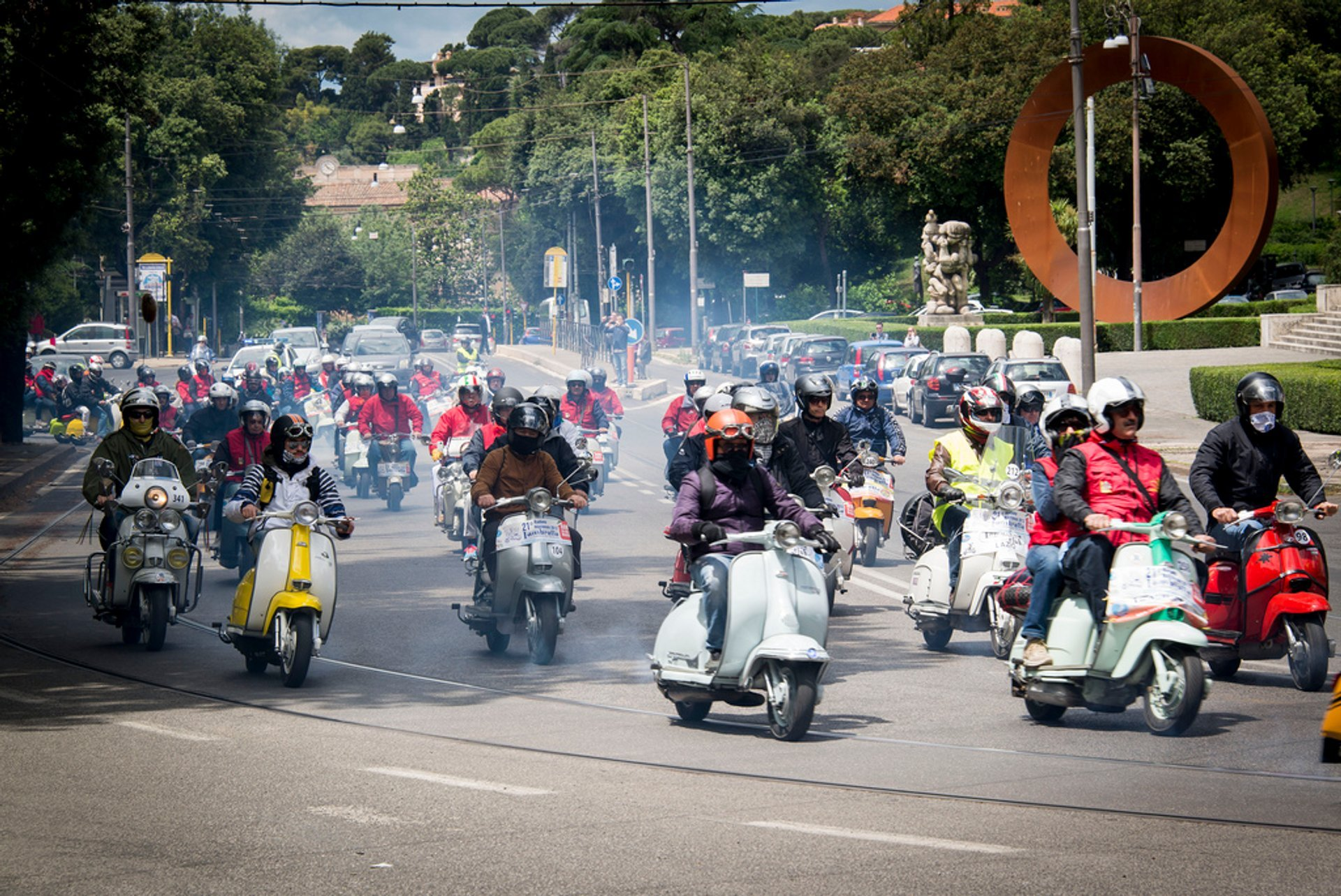Vespa Scooter Tours in Rome 2020 - Best Time