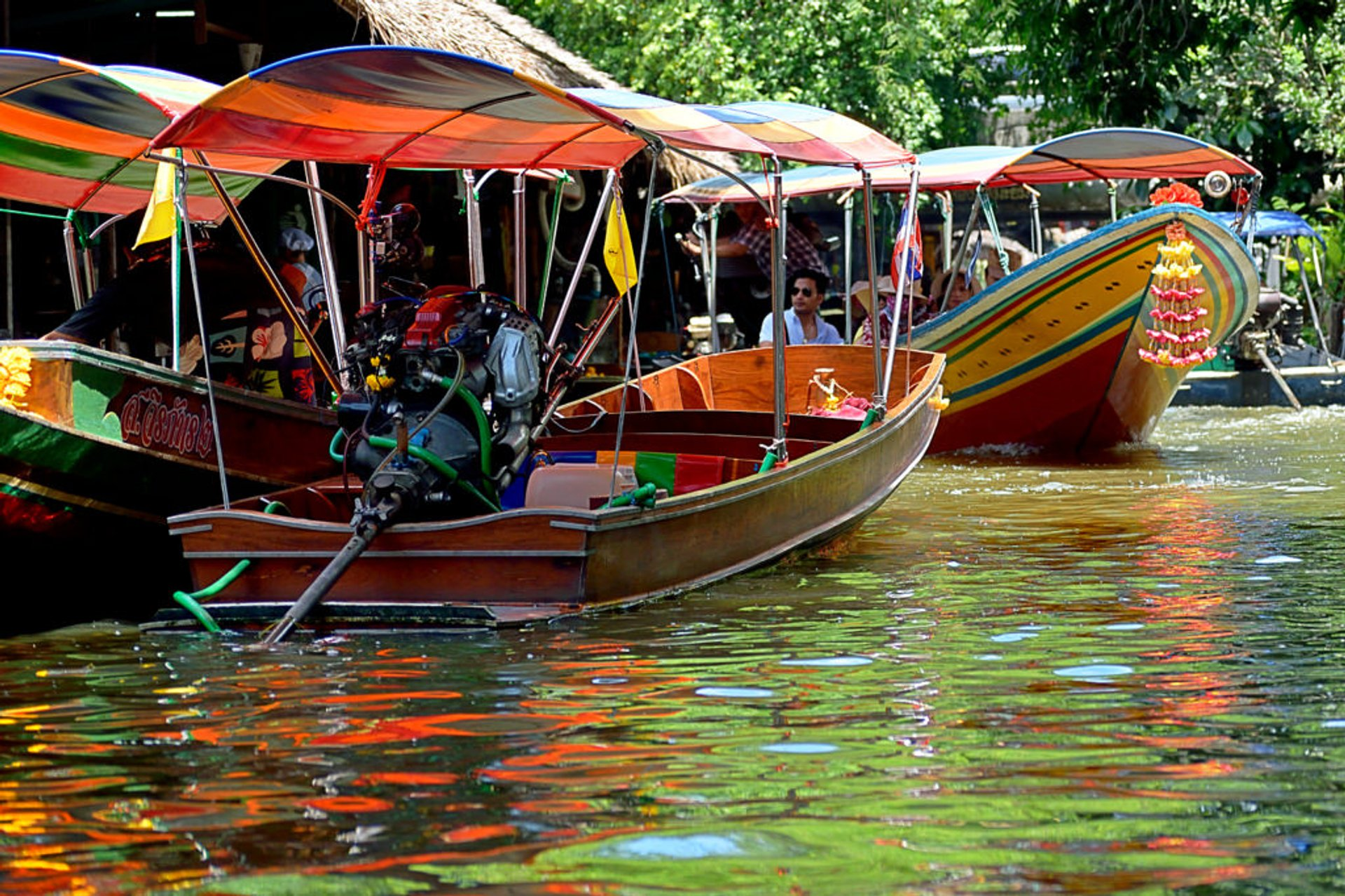 Khlong Lat Mayom floating market 2020