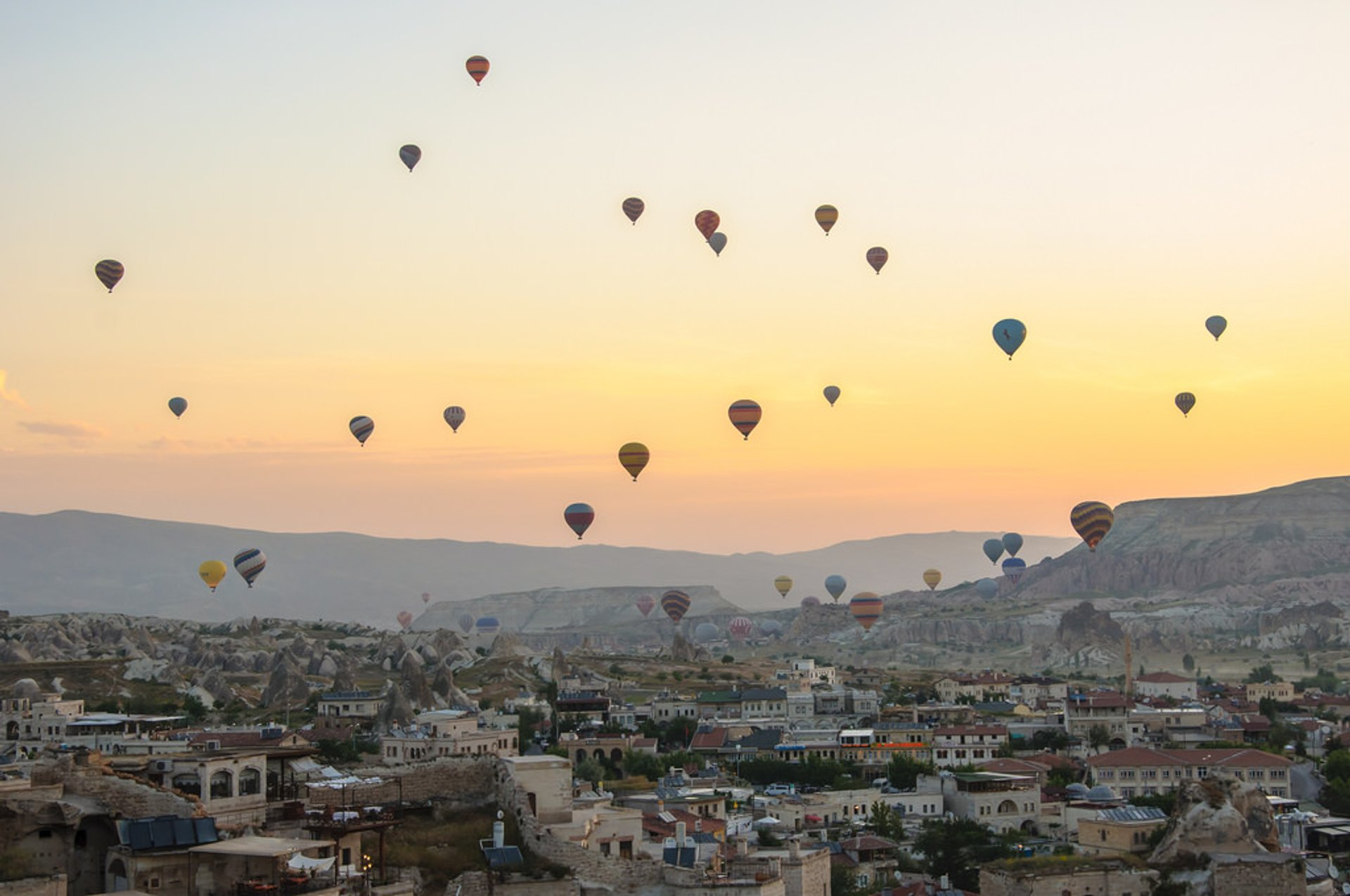 Ballooning Сhallenge in Cappadocia - Best Season