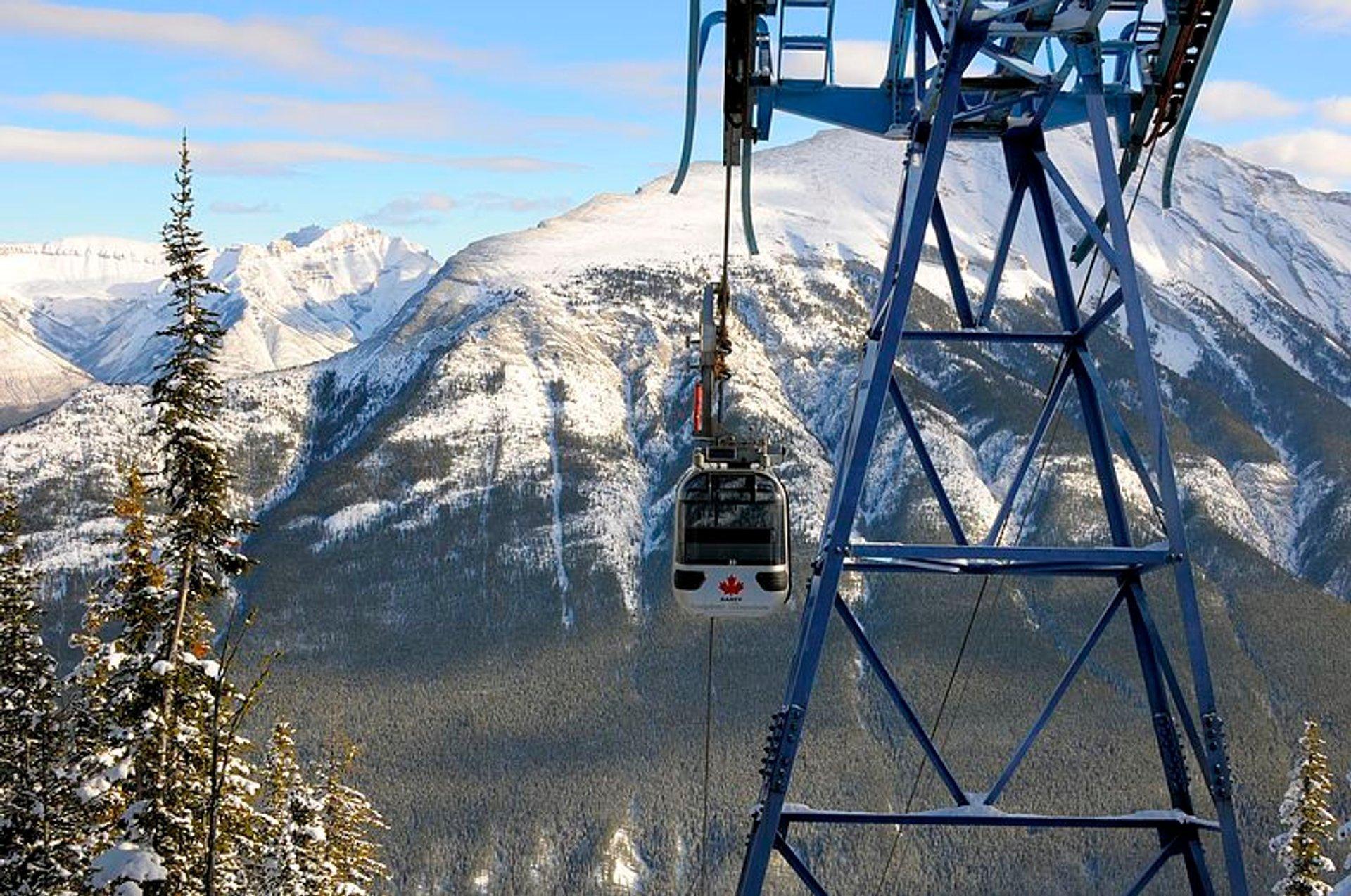 Banff Gondola in Banff & Jasper National Parks - Best Season 2020