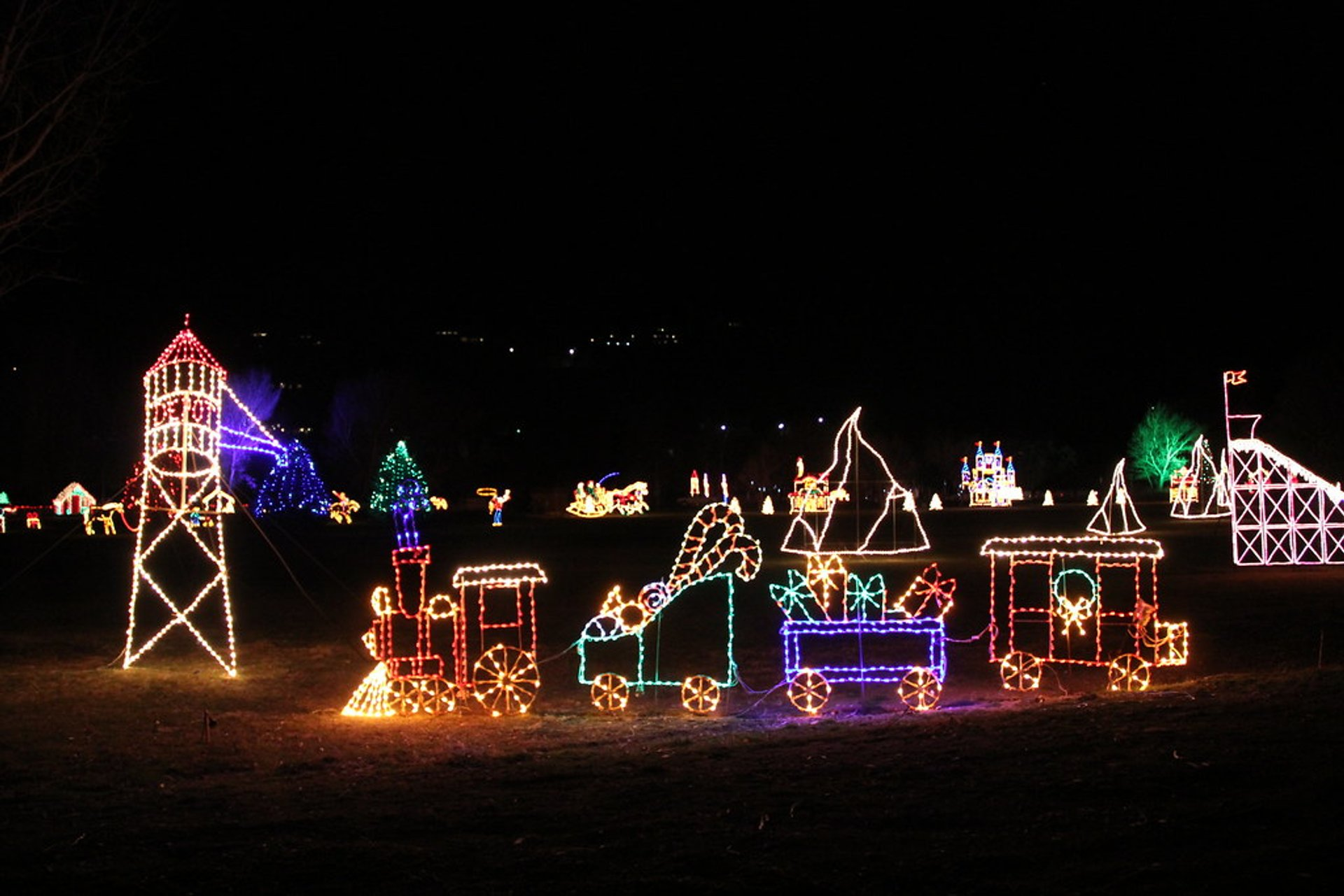 Best Christmas Light Displays Utah 2020 Christmas Lights 2020 2021 in Utah   Dates