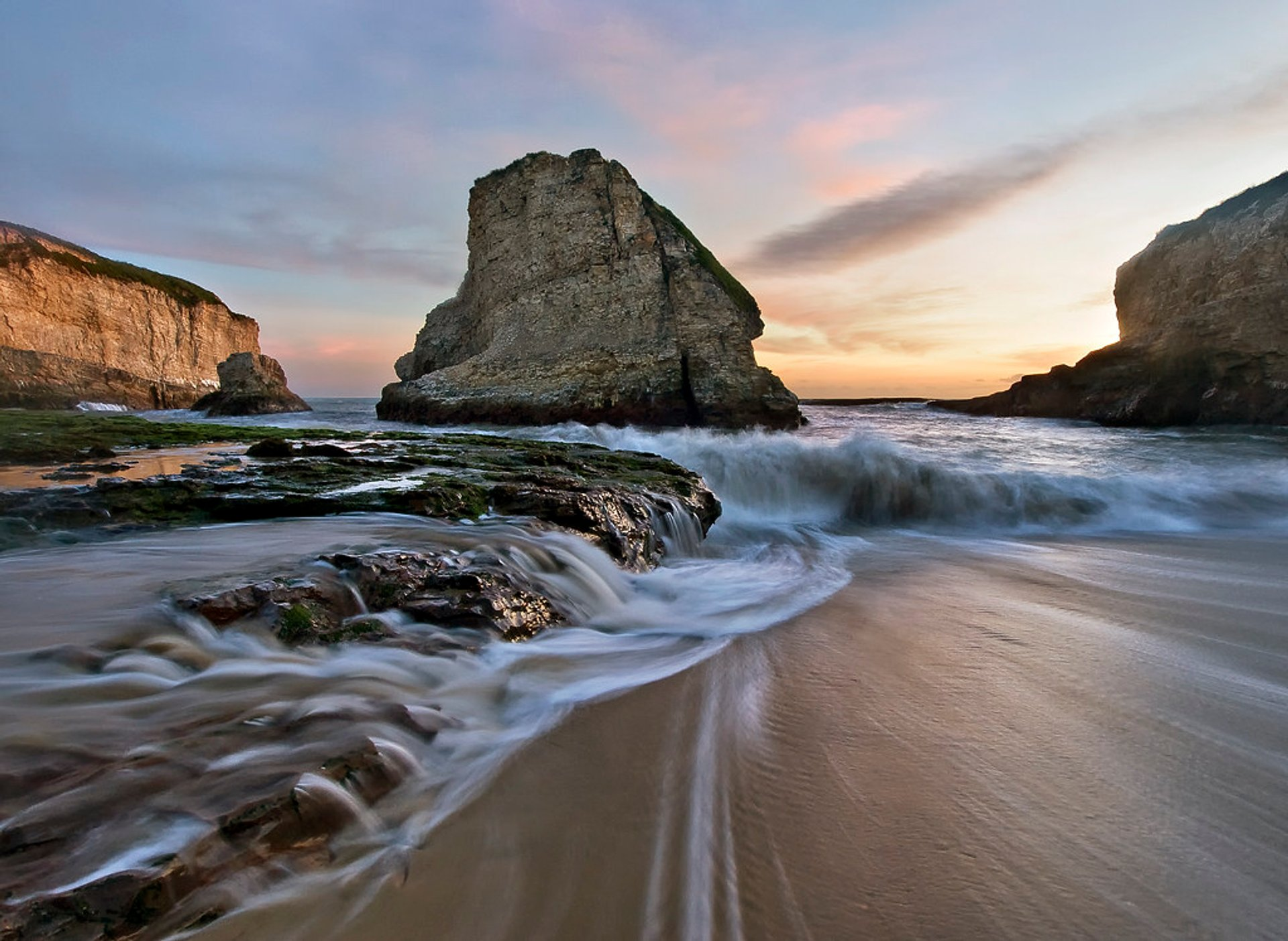 Best time for Shark Fin Cove in San Francisco 2020