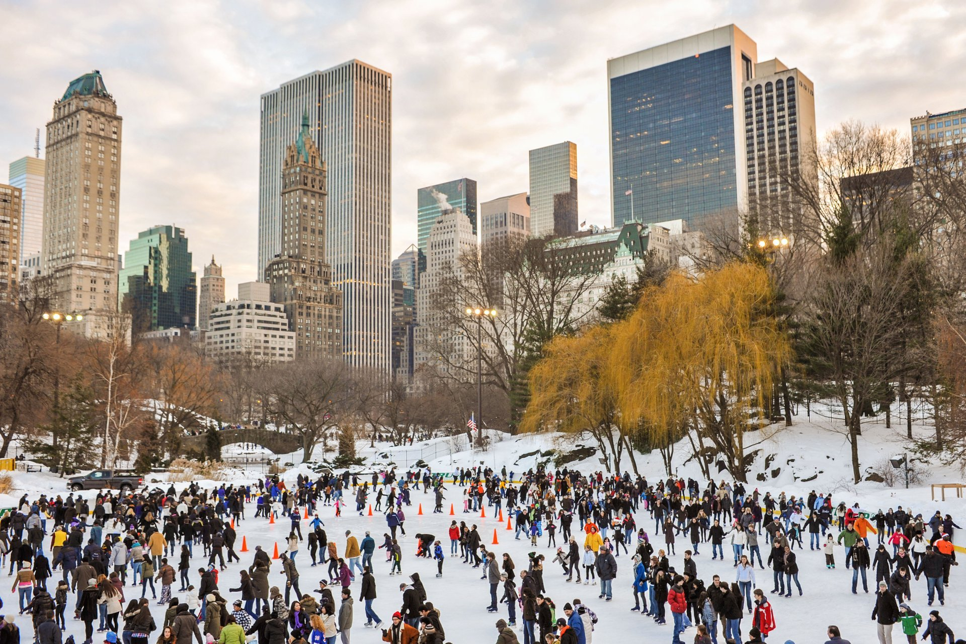 Ice Skating in New York 2020 - Best Time