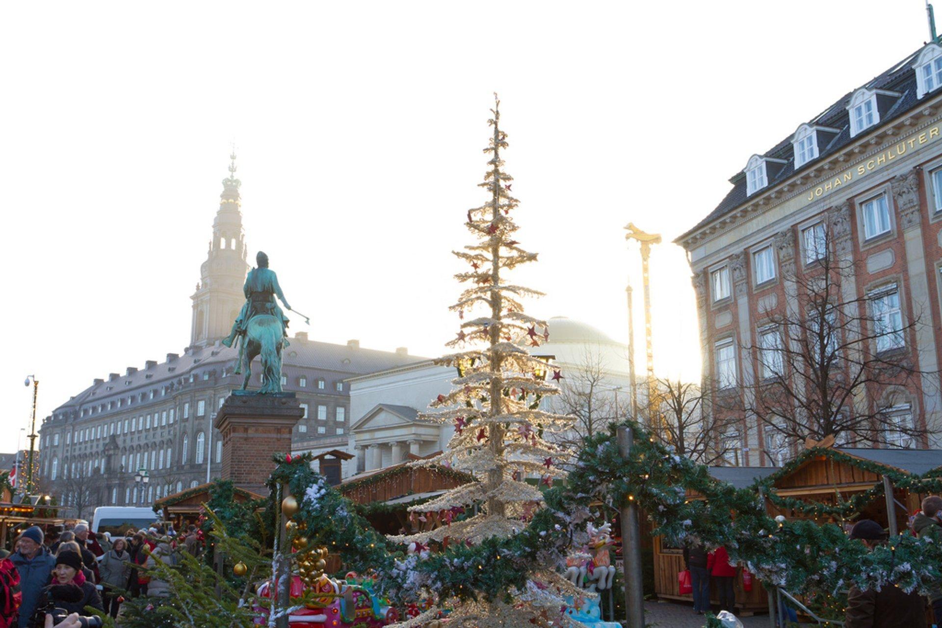 Julemarked on Højbro Plads, Copenhagen 2020