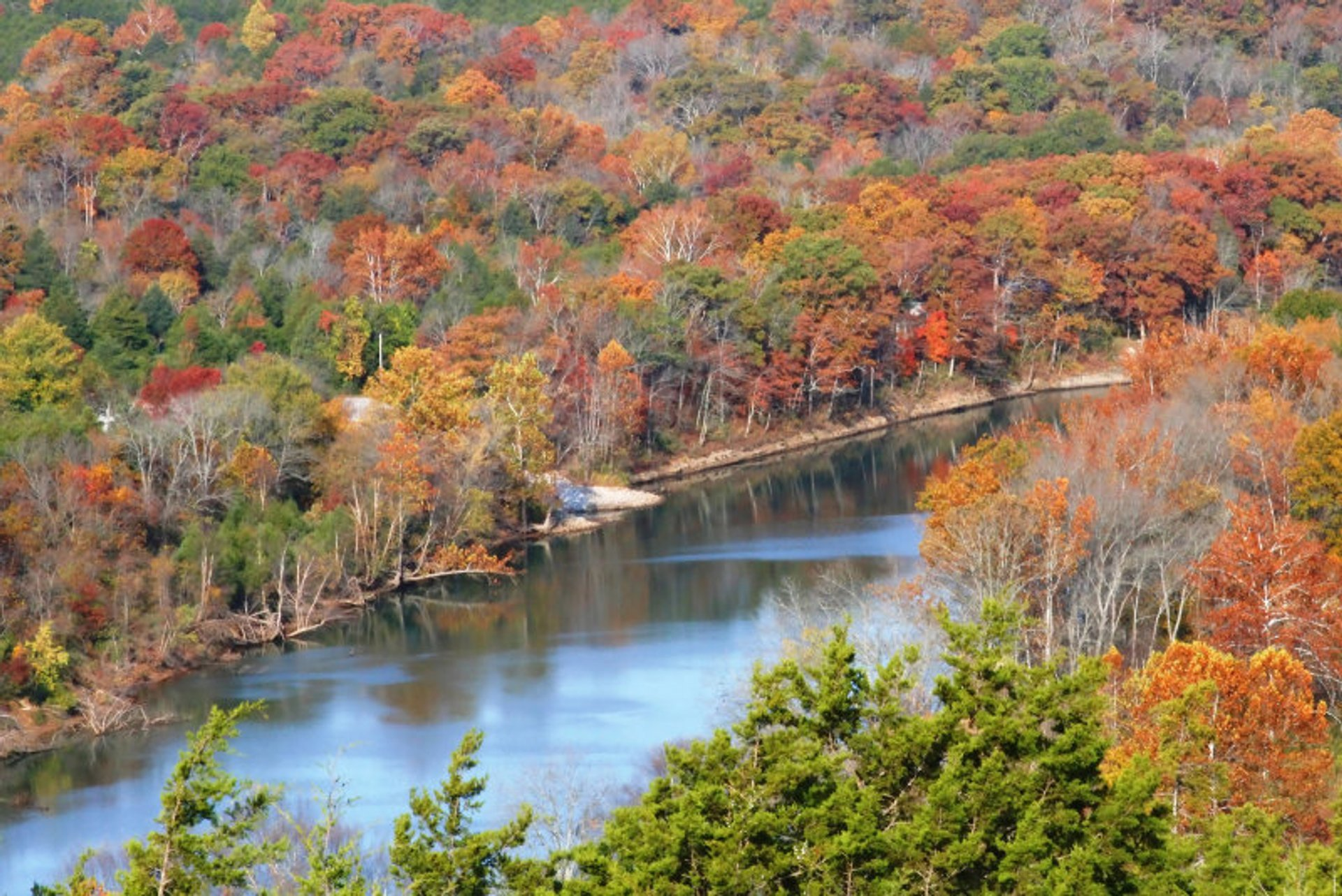 Fall colors along the White River outside Eureka Springs, Arkansas 2020
