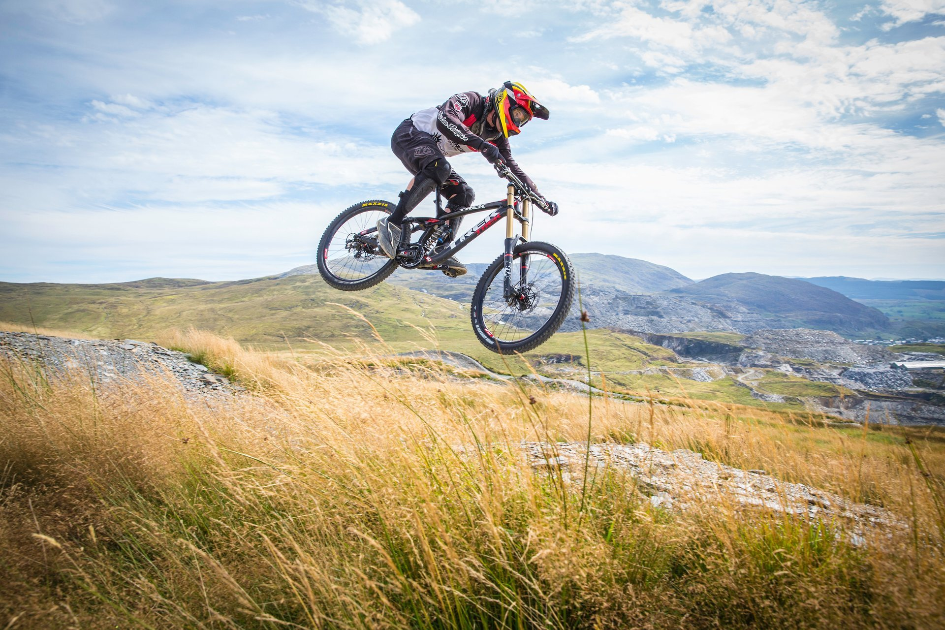 Mountain Biking in Wales - Best Season 2019