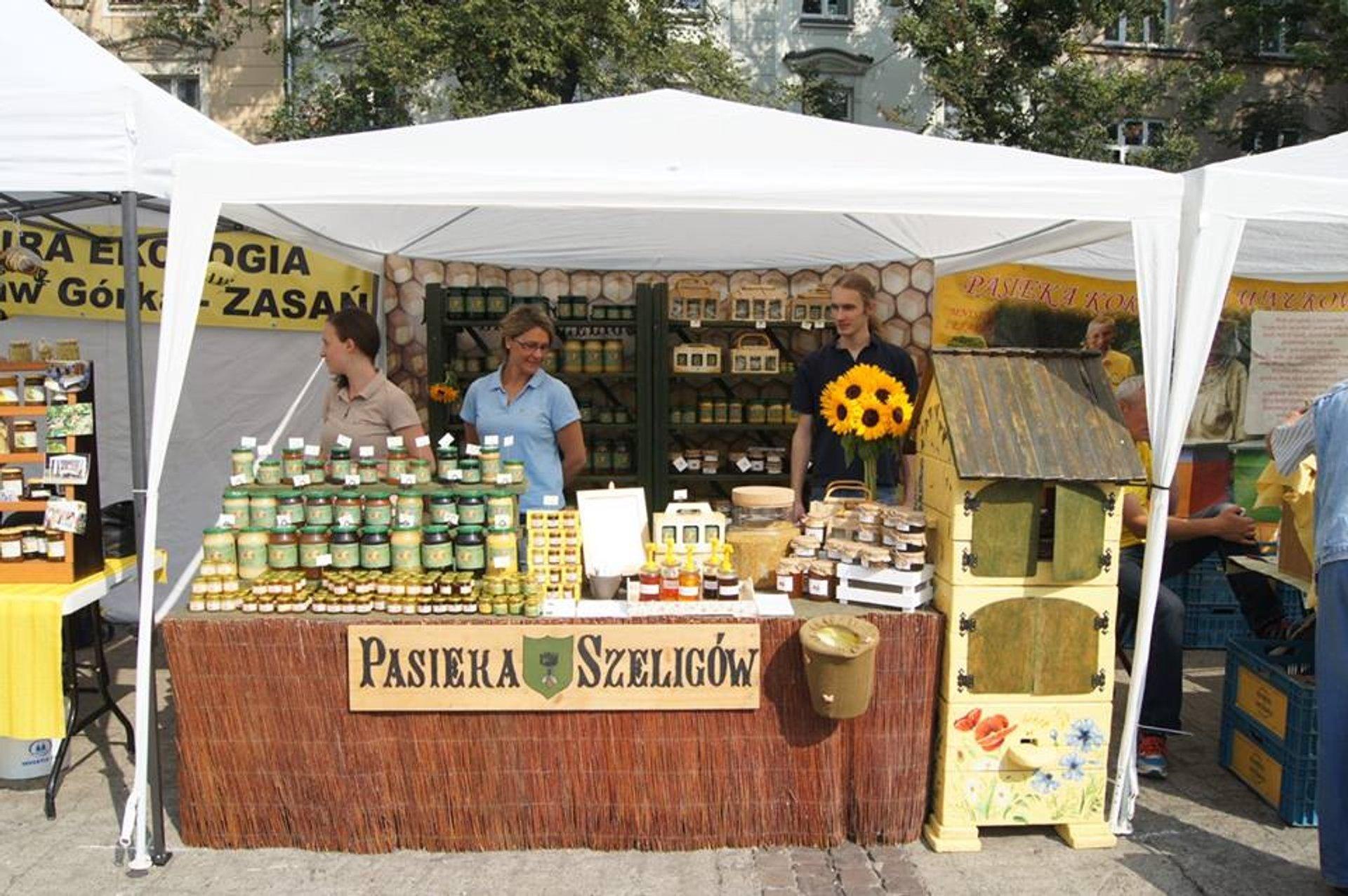 Krakow Honey Harvest & Bee-Keepers Festival in Krakow - Best Season 2020