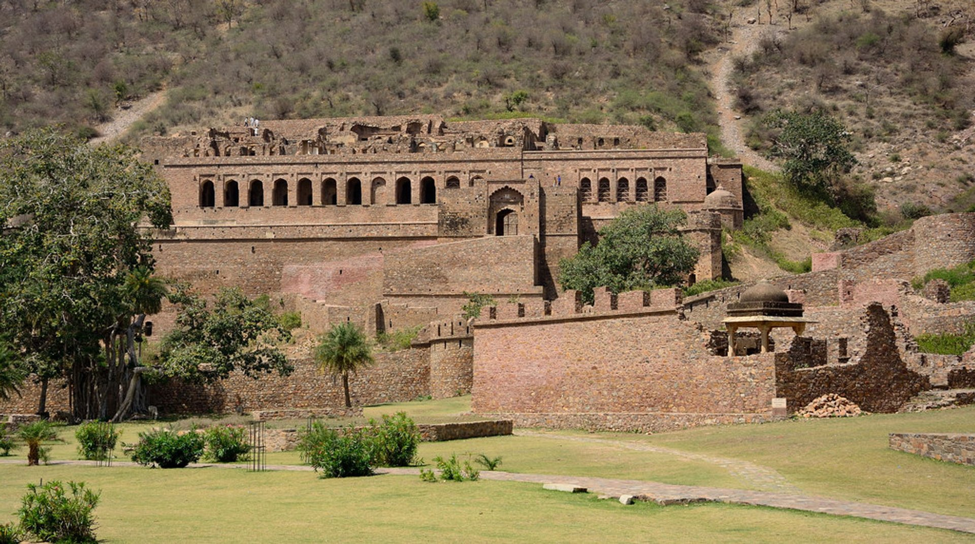 Bhangarh Fort in India - Best Season 2020