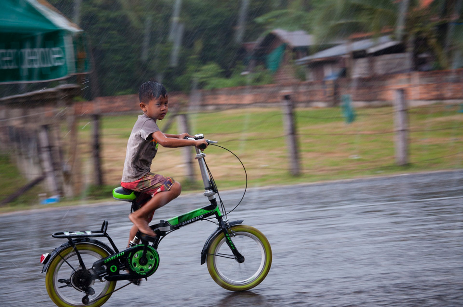 Cycling in Laos - Best Time