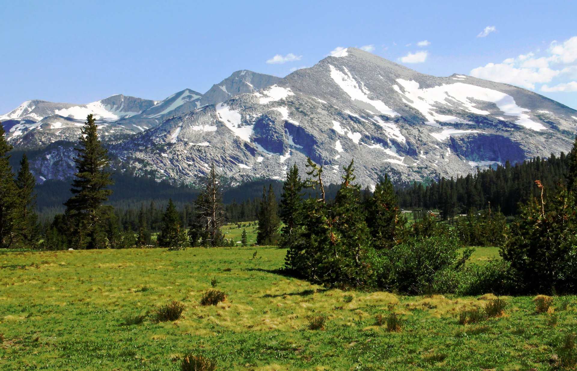 Tuolumne Meadows in Yosemite - Best Season 2020
