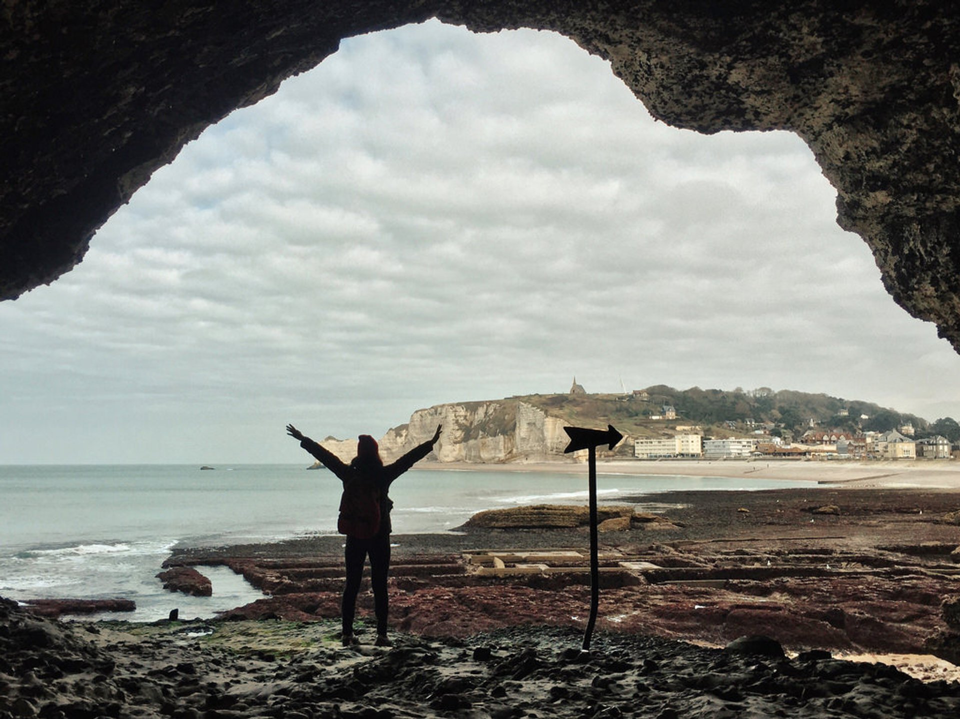 Best time to see Étretat in Normandy 2019