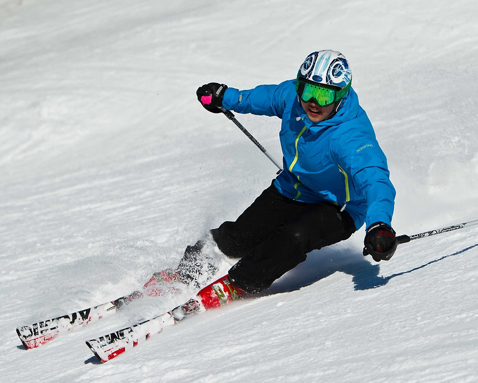 Skiing and Snowboarding in Toronto 2020 - Best Time