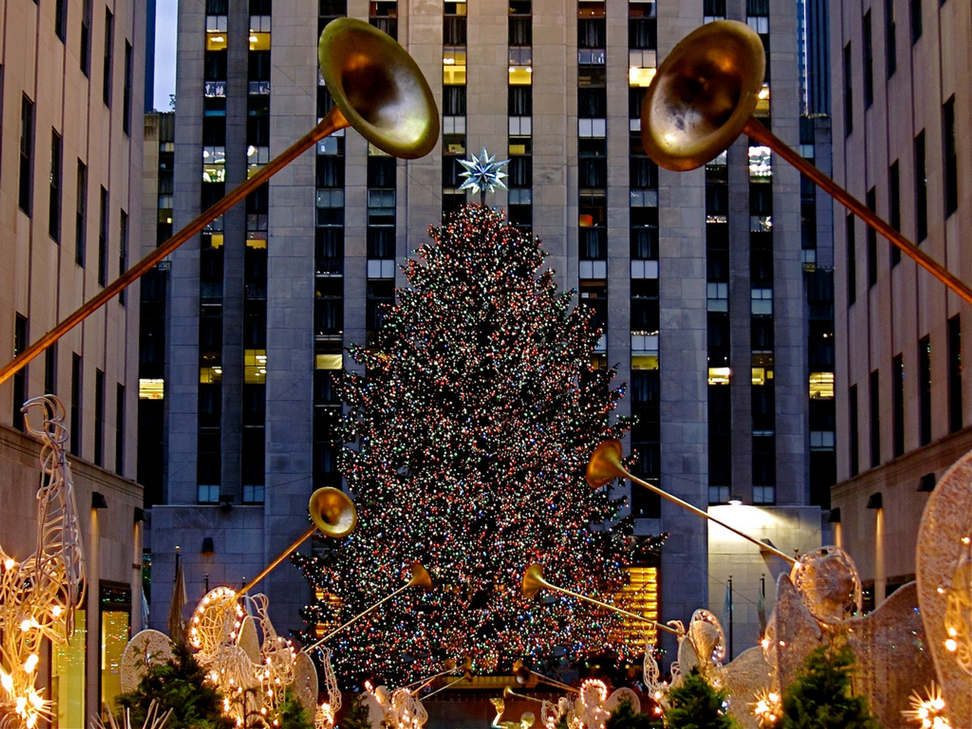 Christmas Ny 2019.Rockefeller Center Christmas Tree 2019 2020 In New York