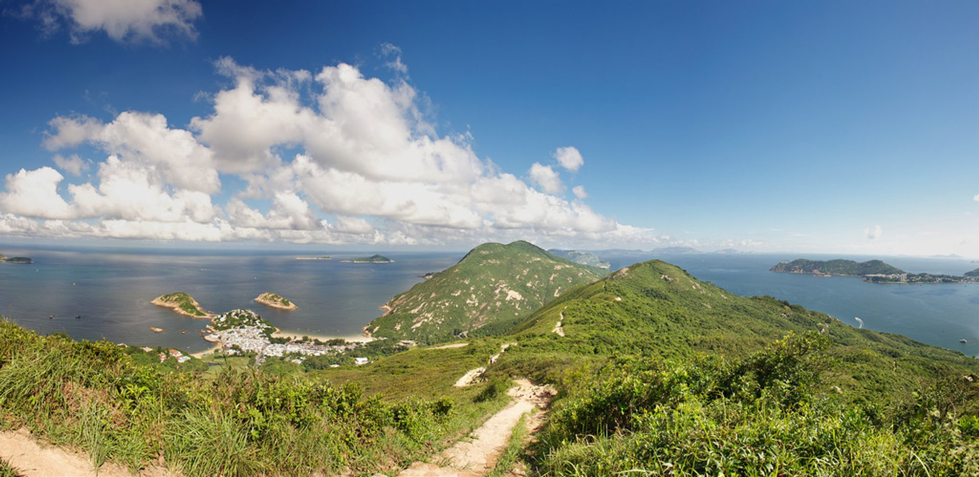 Best time for Hiking the Dragon's Back in Hong Kong 2020