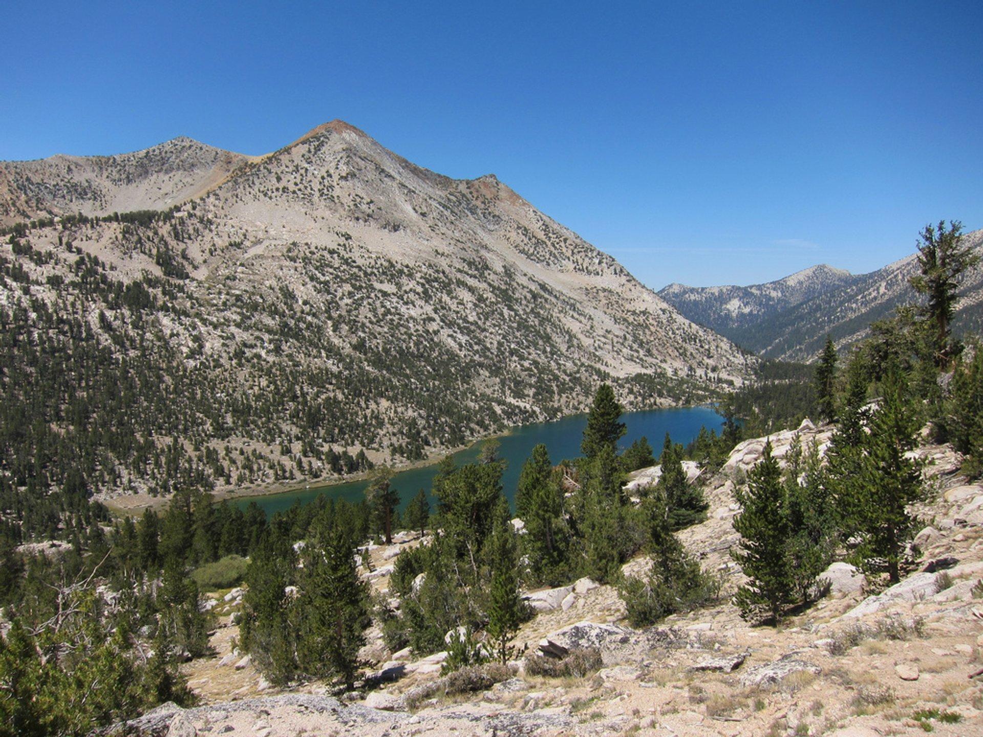 Best time to see Rae Lakes Loop in California