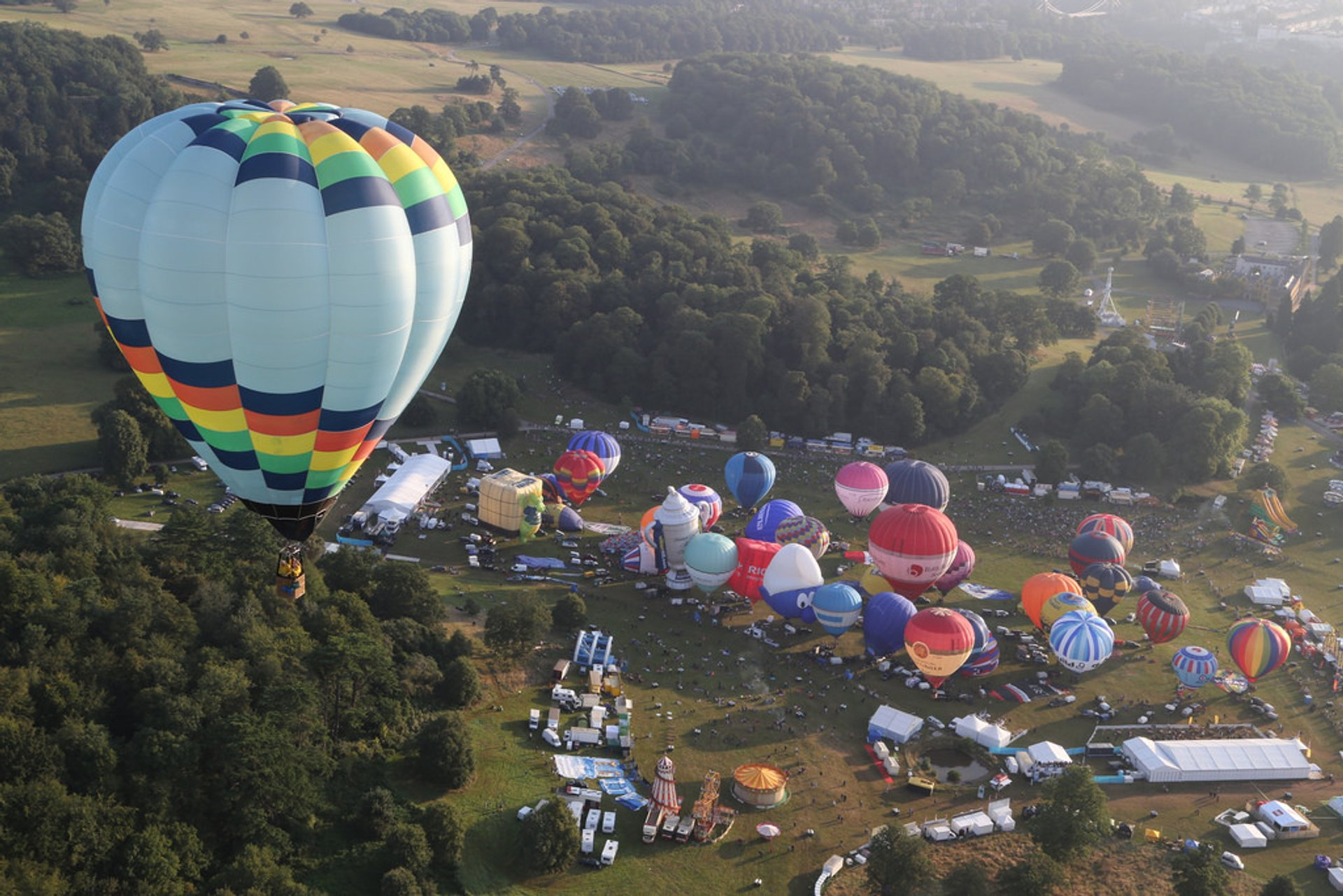 Bristol International Balloon Fiesta in England - Best Season 2019