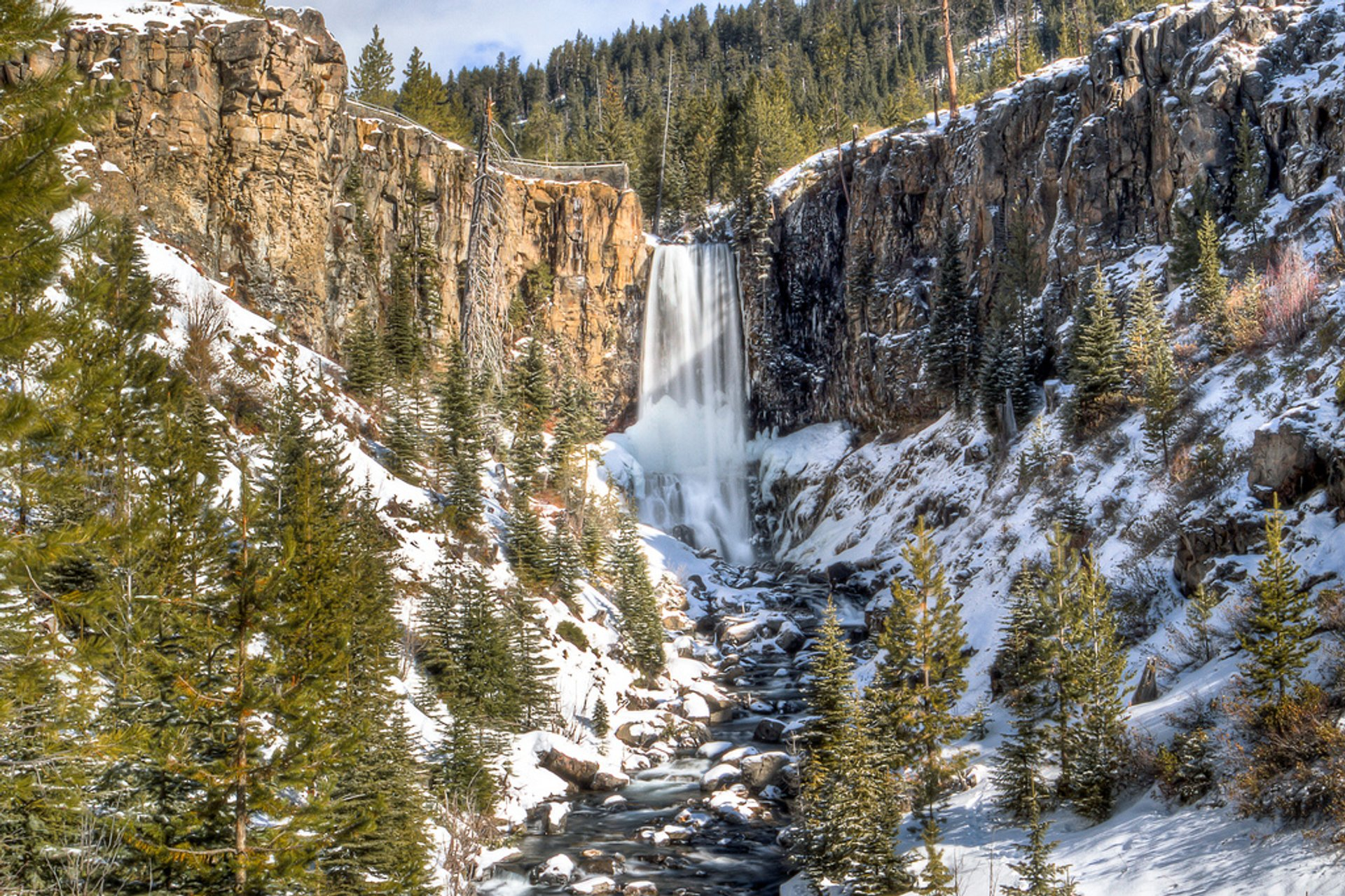 Best time for Tumalo Falls Hike in Portland 2020