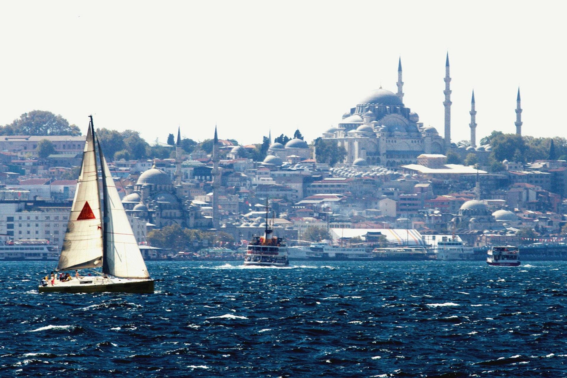 Sailing in Istanbul 2019 - Best Time