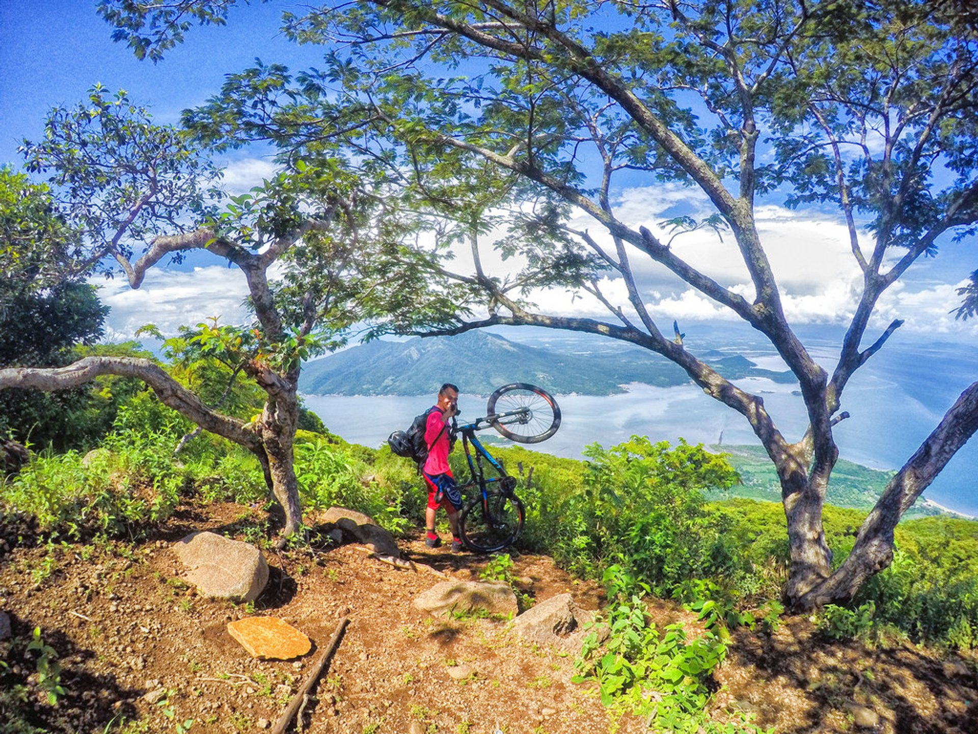 Mountain Biking in Honduras 2020 - Best Time