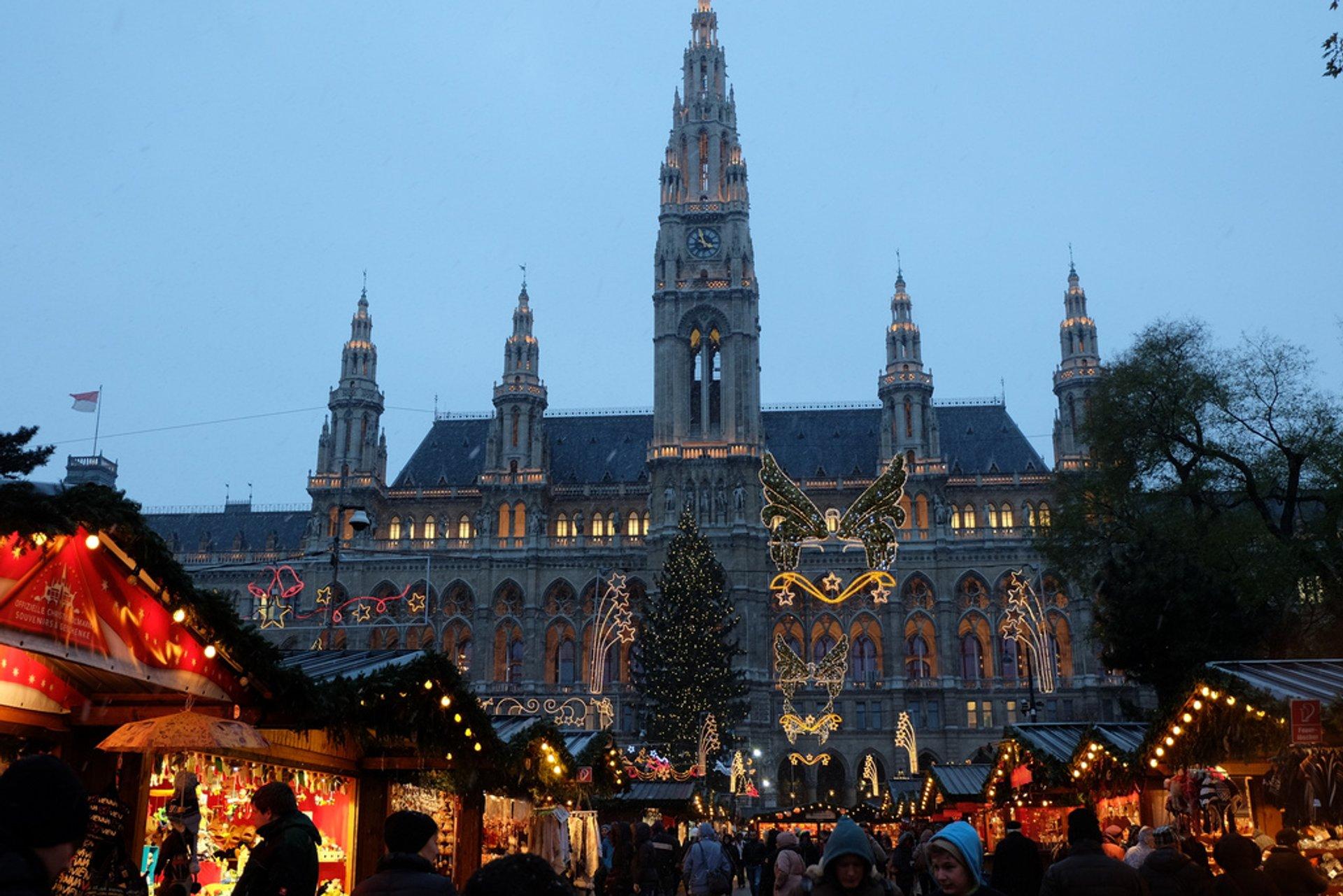 Christmas Markets (Weihnachtsmärkte) in Vienna 2019 - Best Time