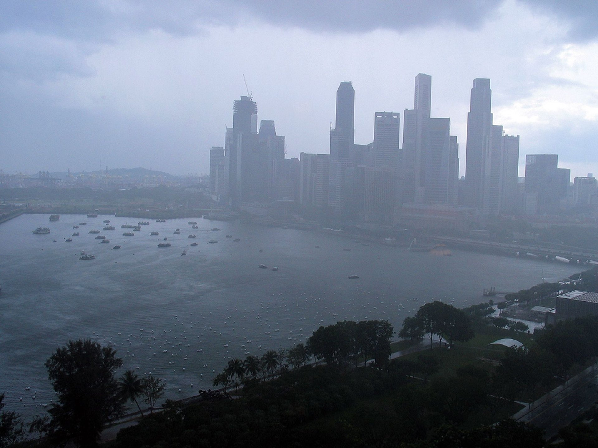 Best time for Northeast Monsoon or Wet Season (Winter) in Singapore 2020