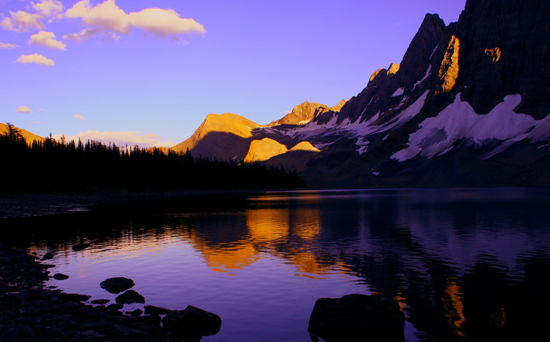 Floe Lake in British Columbia 2020 - Best Time