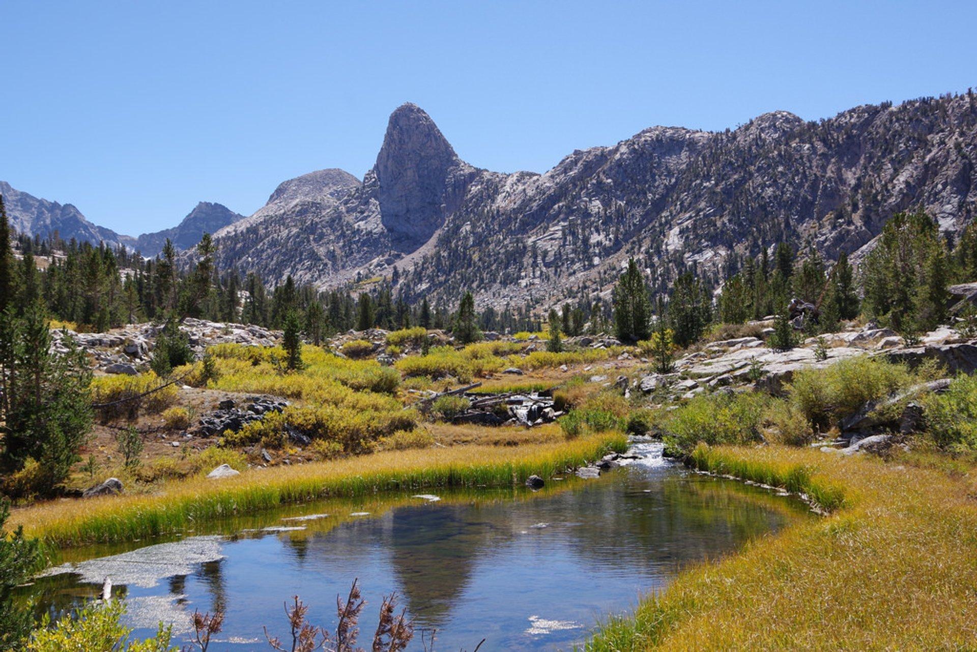 Rae Lakes Loop in California - Best Time