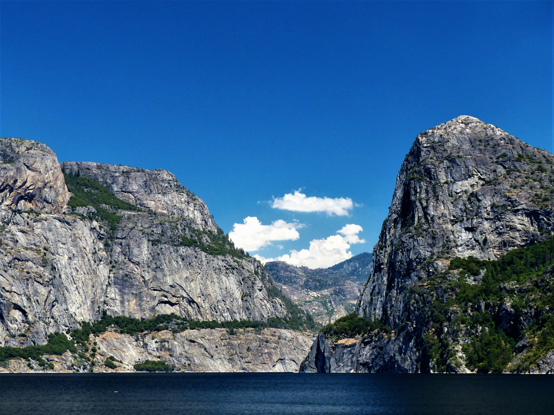 Hetch Hetchy Valley in Yosemite - Best Time
