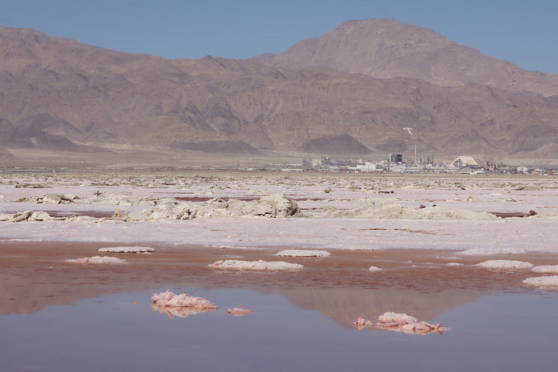 Gem-O-Rama at Searles Lake in Death Valley - Best Season 2020