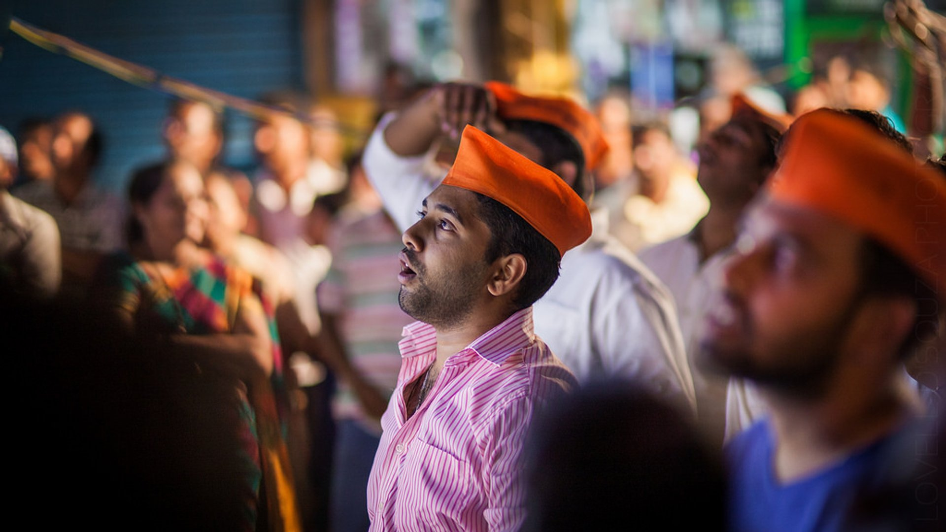 An awe-struck reveller looks at Lord Ganesh at the Mapusa Market 2020