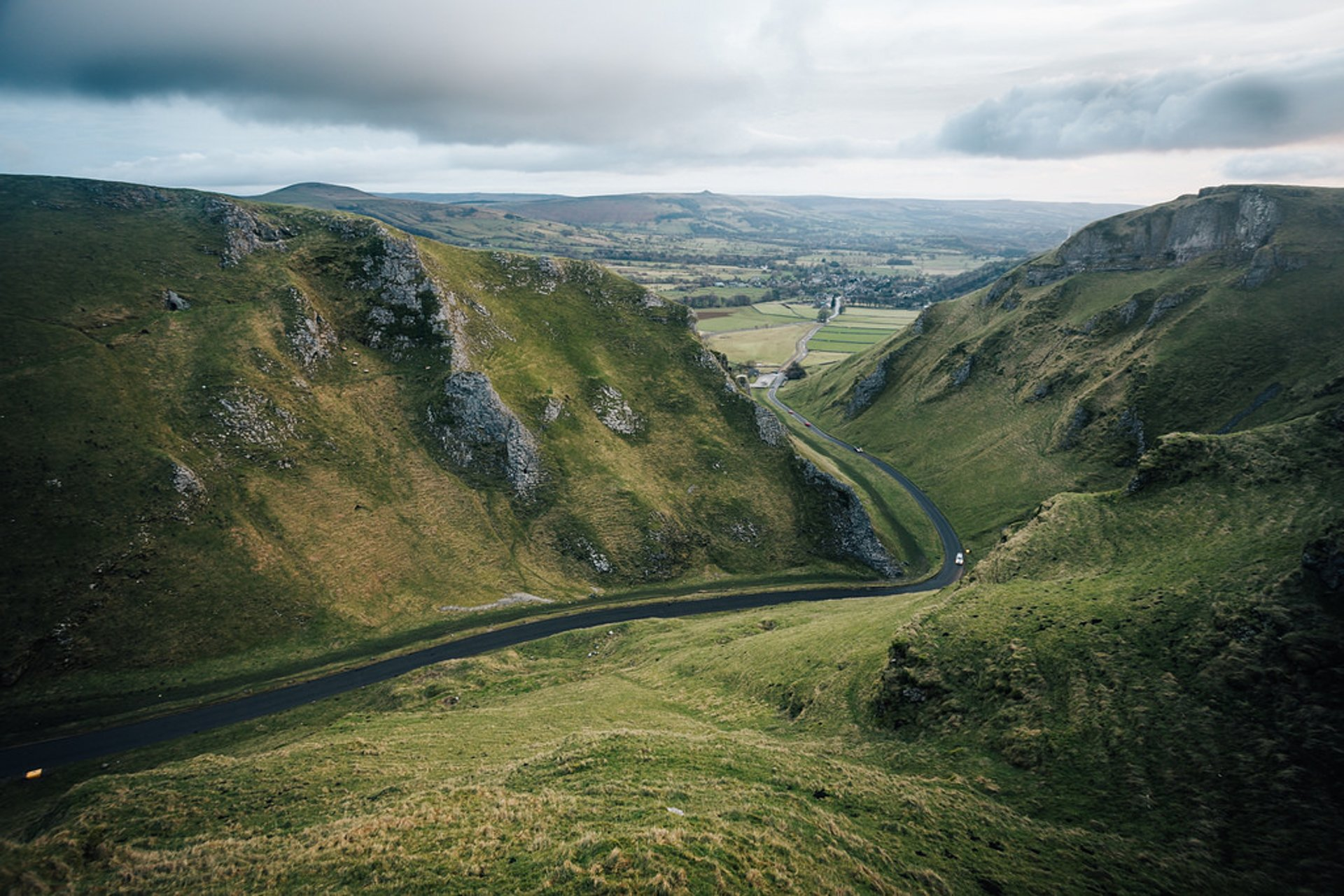 Winnats Pass in England - Best Season 2019