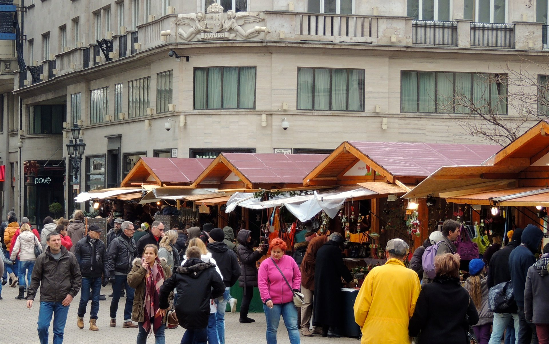 Budapest Easter Market at Vörösmarty Square 2020