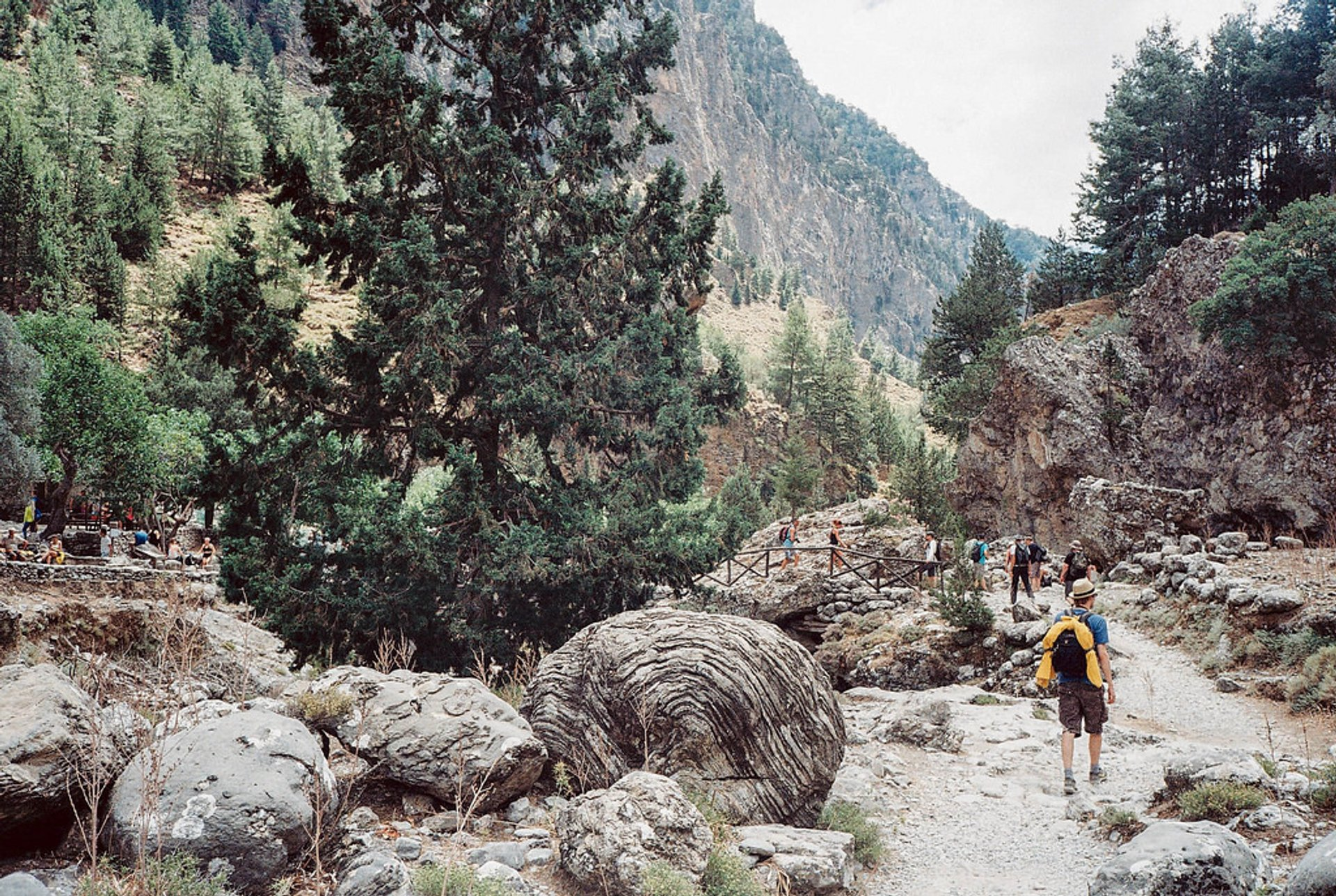 Hiking in Samaria Gorge National Park in Crete - Best Season 2020