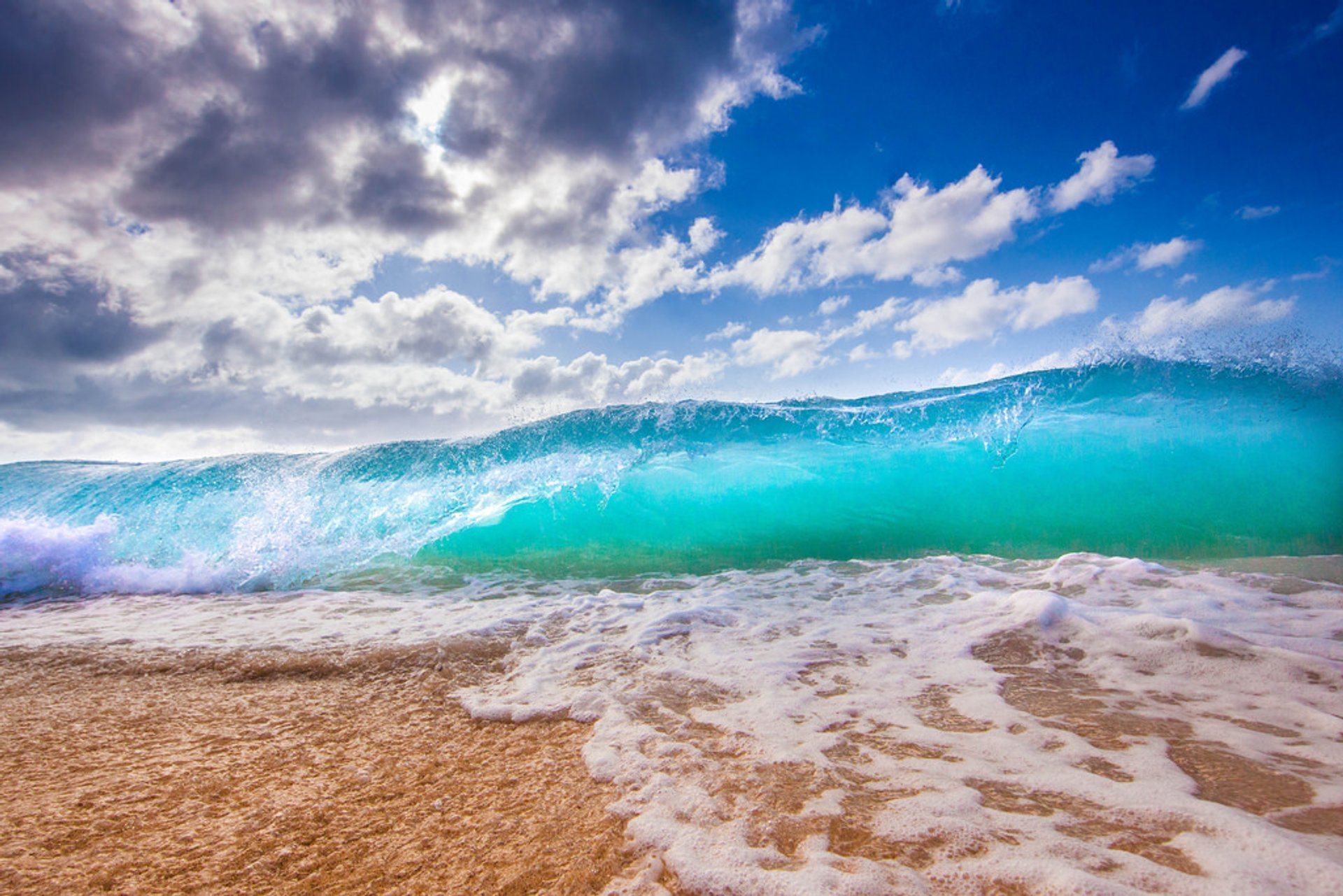 Beach Season in Hawaii - Best Season 2019