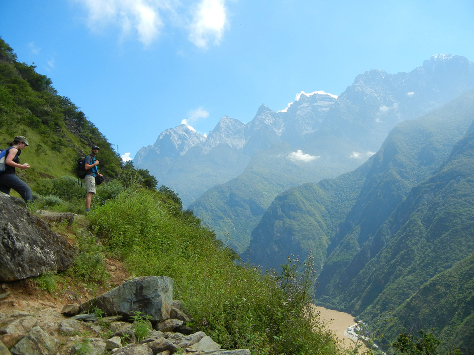 Best time for Tiger Leaping Gorge Hiking in China 2020